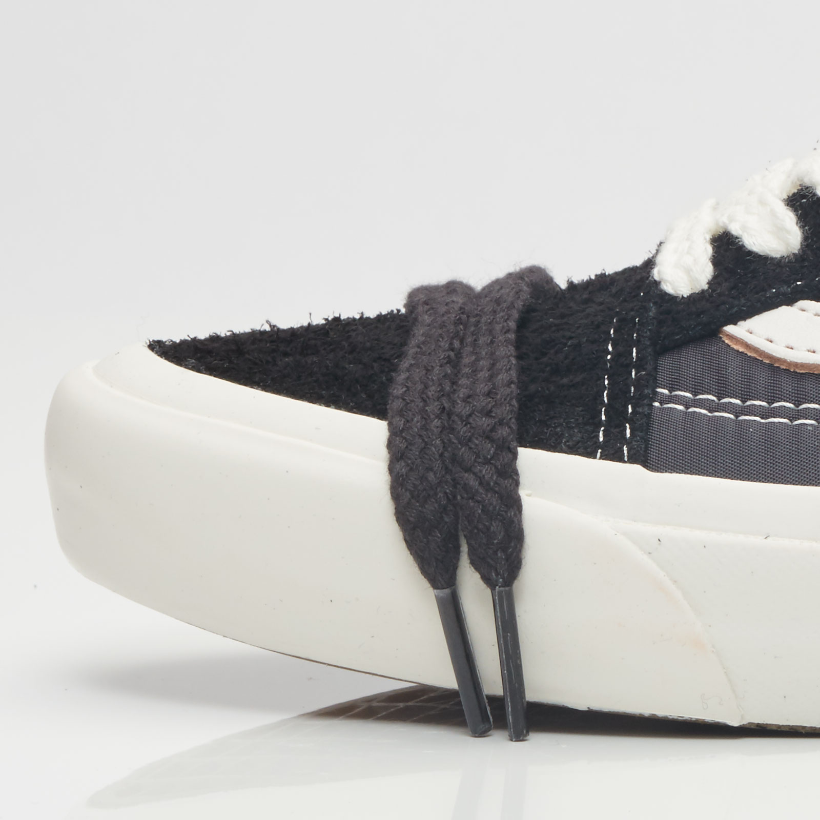 a22359a5 Vans Ua Old Skool Pro 92 Lx - Va38g7n86 - Sneakersnstuff | sneakers ...