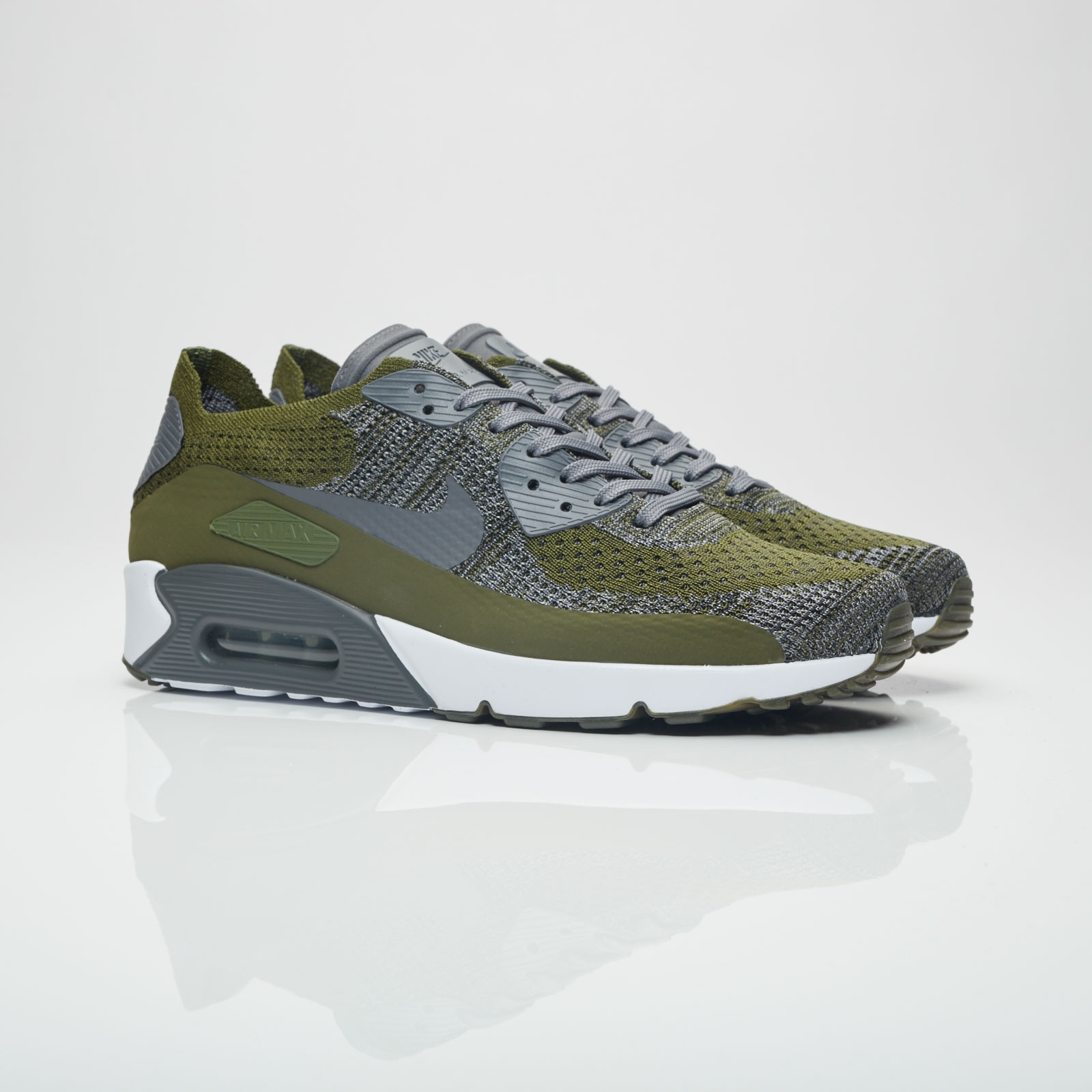 size 40 27843 07971 Nike Air Max 90 Ultra 2.0 Flyknit - 875943-300 ...