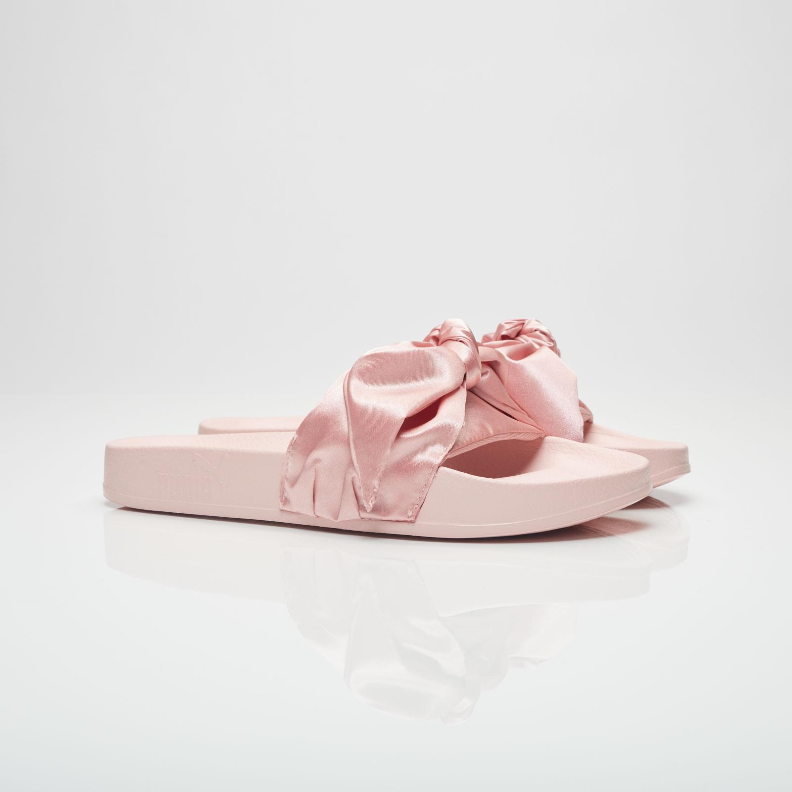 super popular fe555 c581a Puma Bow Slide Women - 365774-03 - Sneakersnstuff | sneakers ...