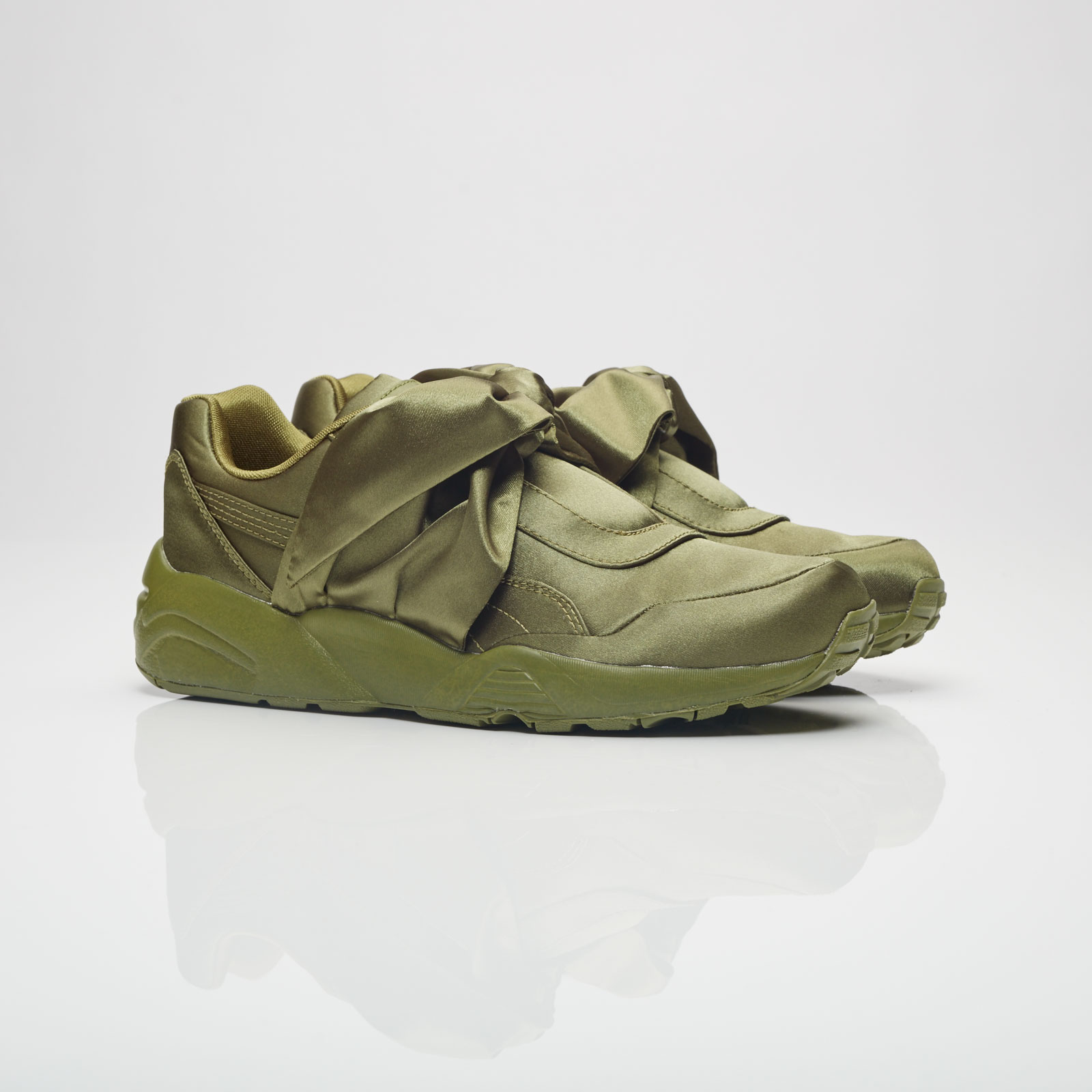 Puma Women's Bow Sneaker