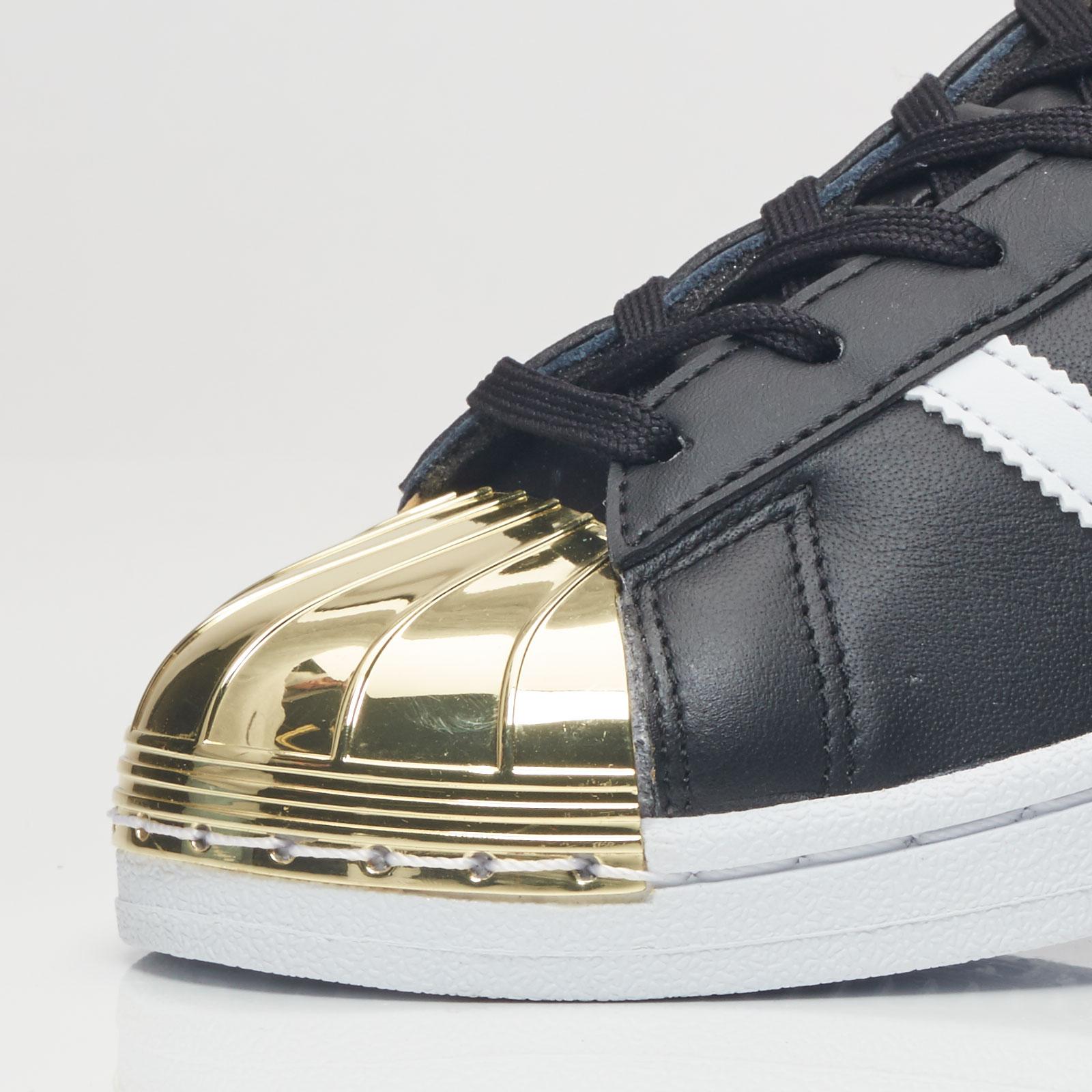 outlet store 3e7d0 94b79 ... adidas Originals Superstar 80S Metal Toe W ...
