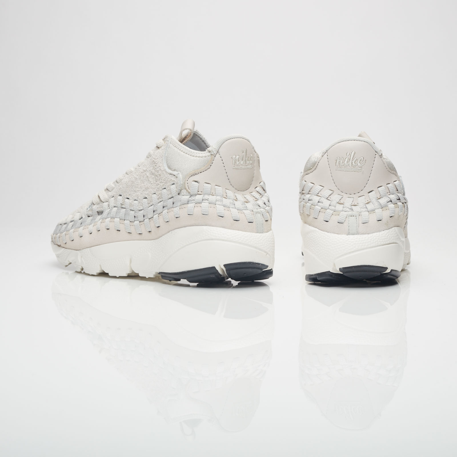 newest c95cd 129c4 Nike Air Footscape Woven Chukka Qs - 913929-002 - Sneakersnstuff   sneakers    streetwear online since 1999