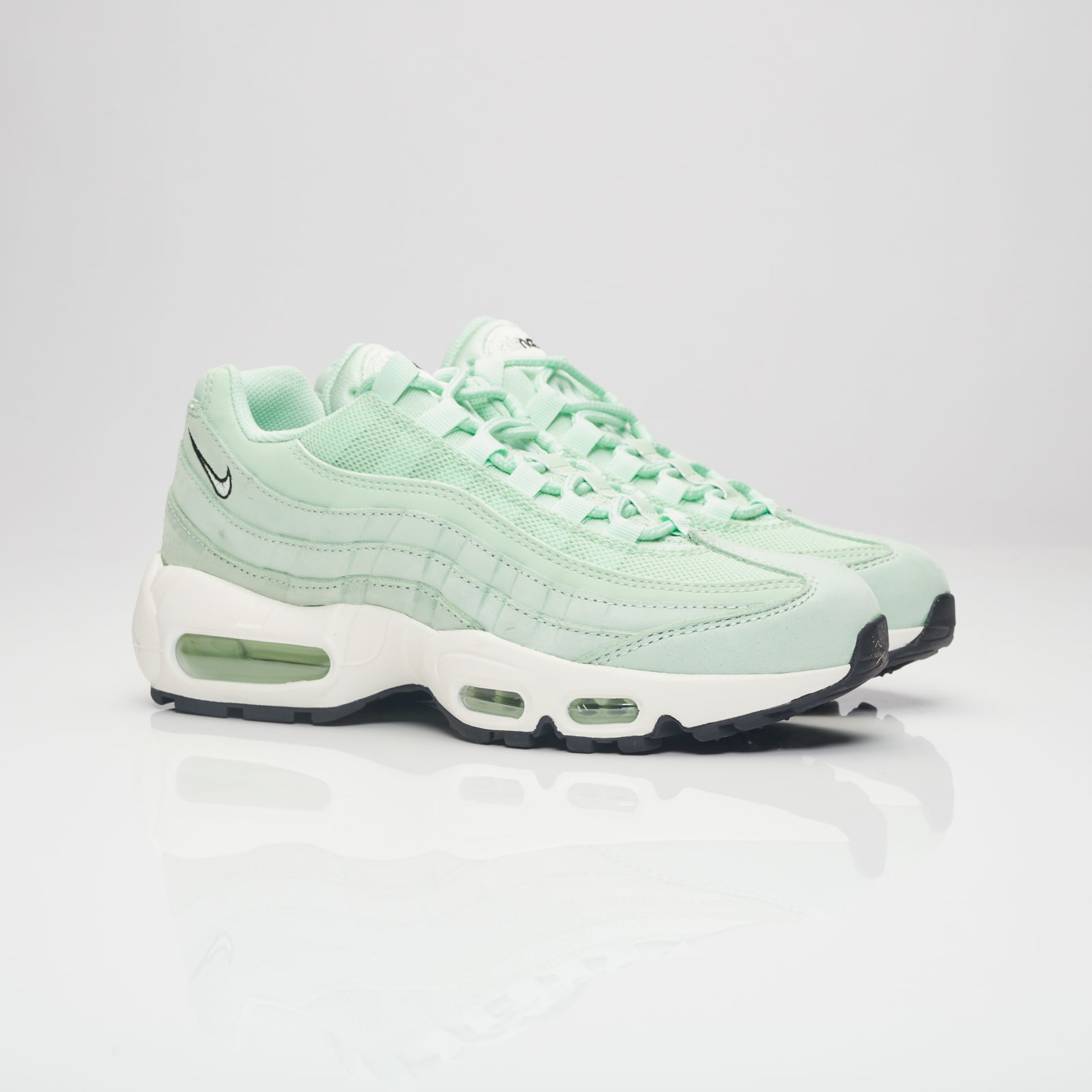 buy online 50f86 631e1 Nike Wmns Air Max 95 Premium - 307960-301 - Sneakersnstuff ...
