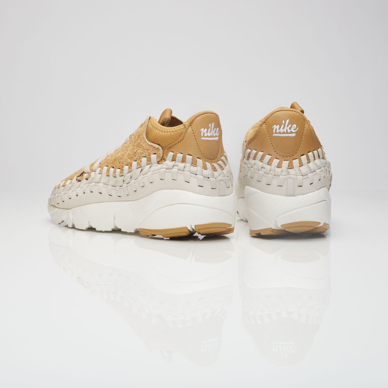 official photos 19f46 3bcb9 Nike Air Footscape Woven Chukka Qs - 913929-700 - Sneakersnstuff   sneakers    streetwear online since 1999