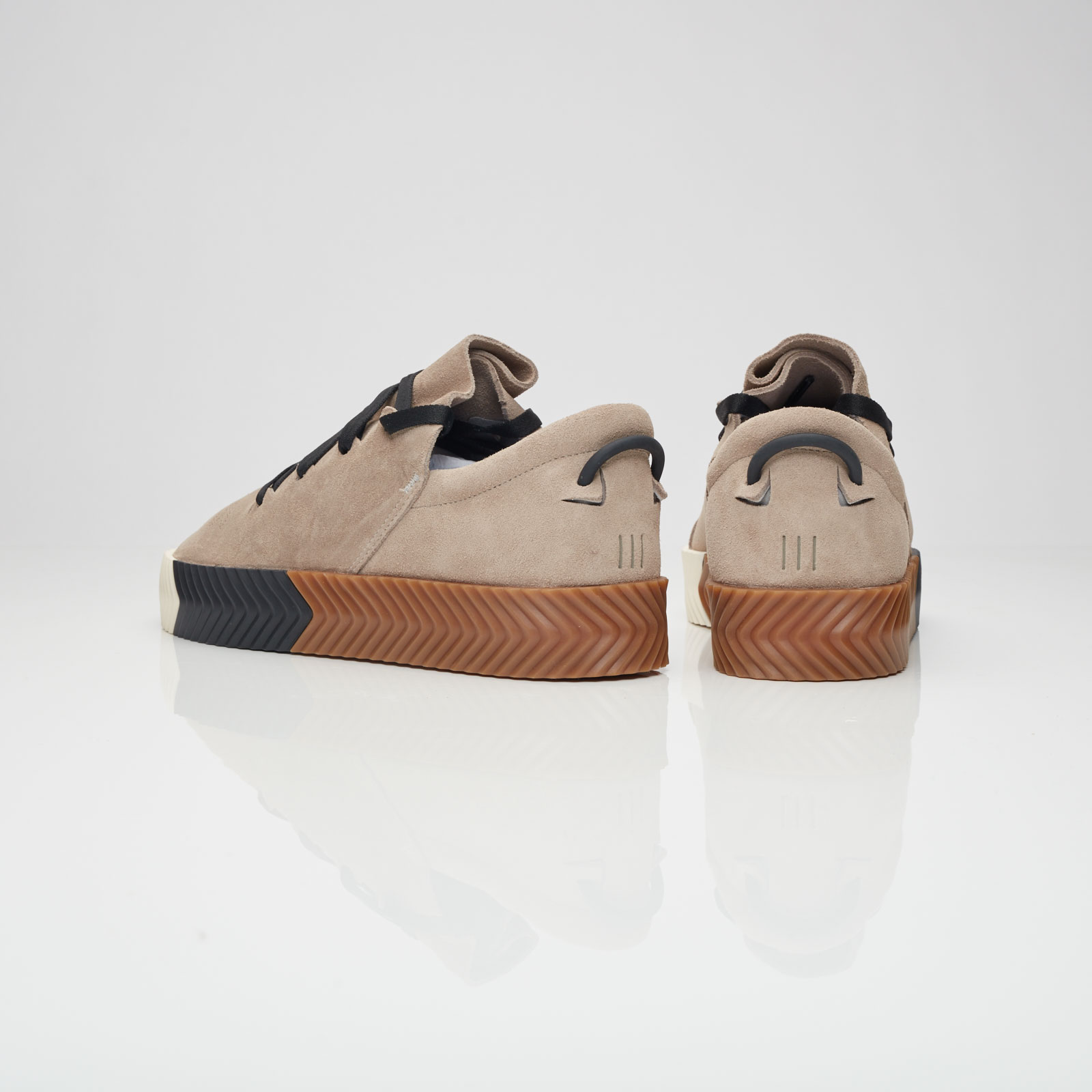 adidas AW Skate By8910 Sneakersnstuff I Sneakers