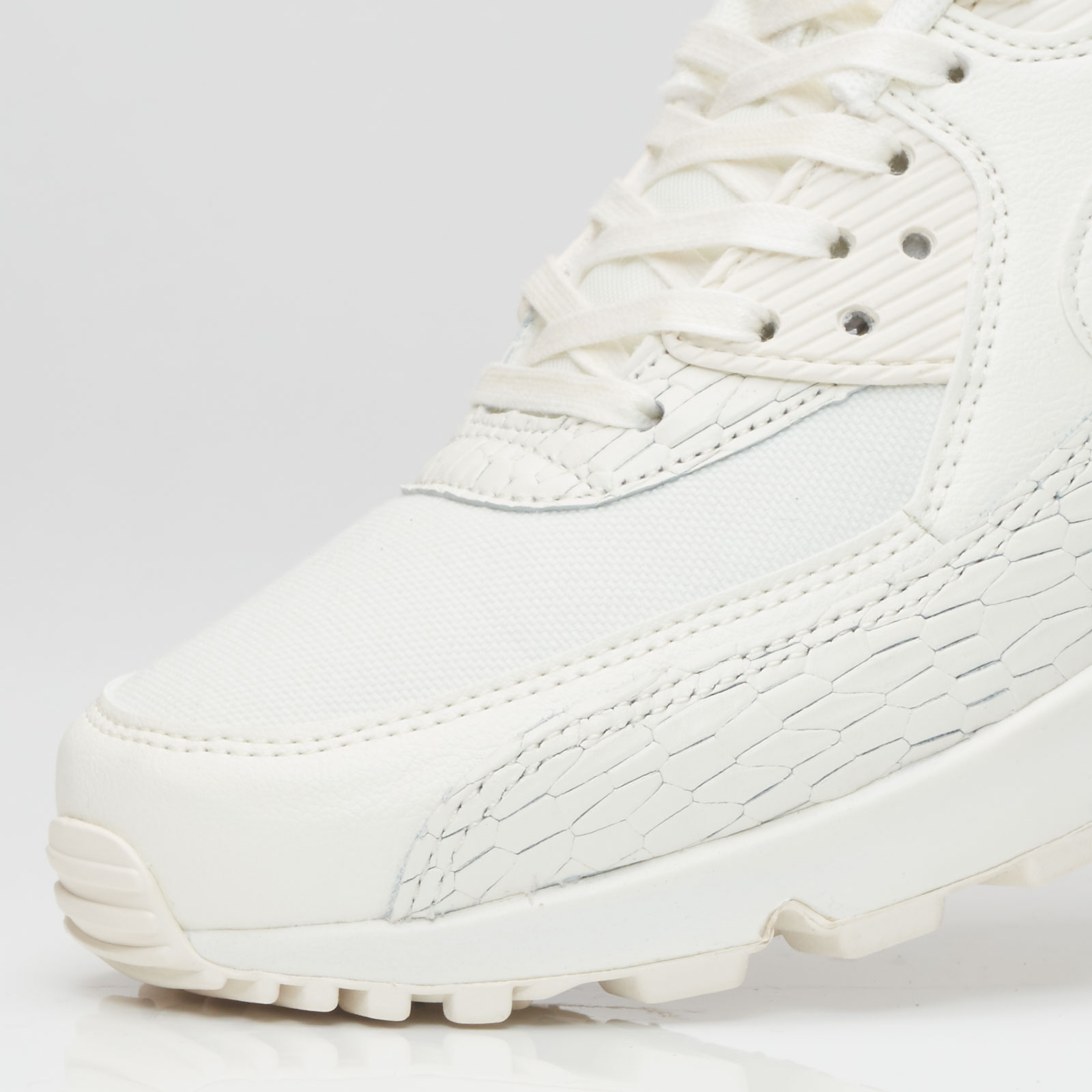check out ad415 def44 Nike Sportswear Wmns Air Max 90 Premium Leather - 6. Close