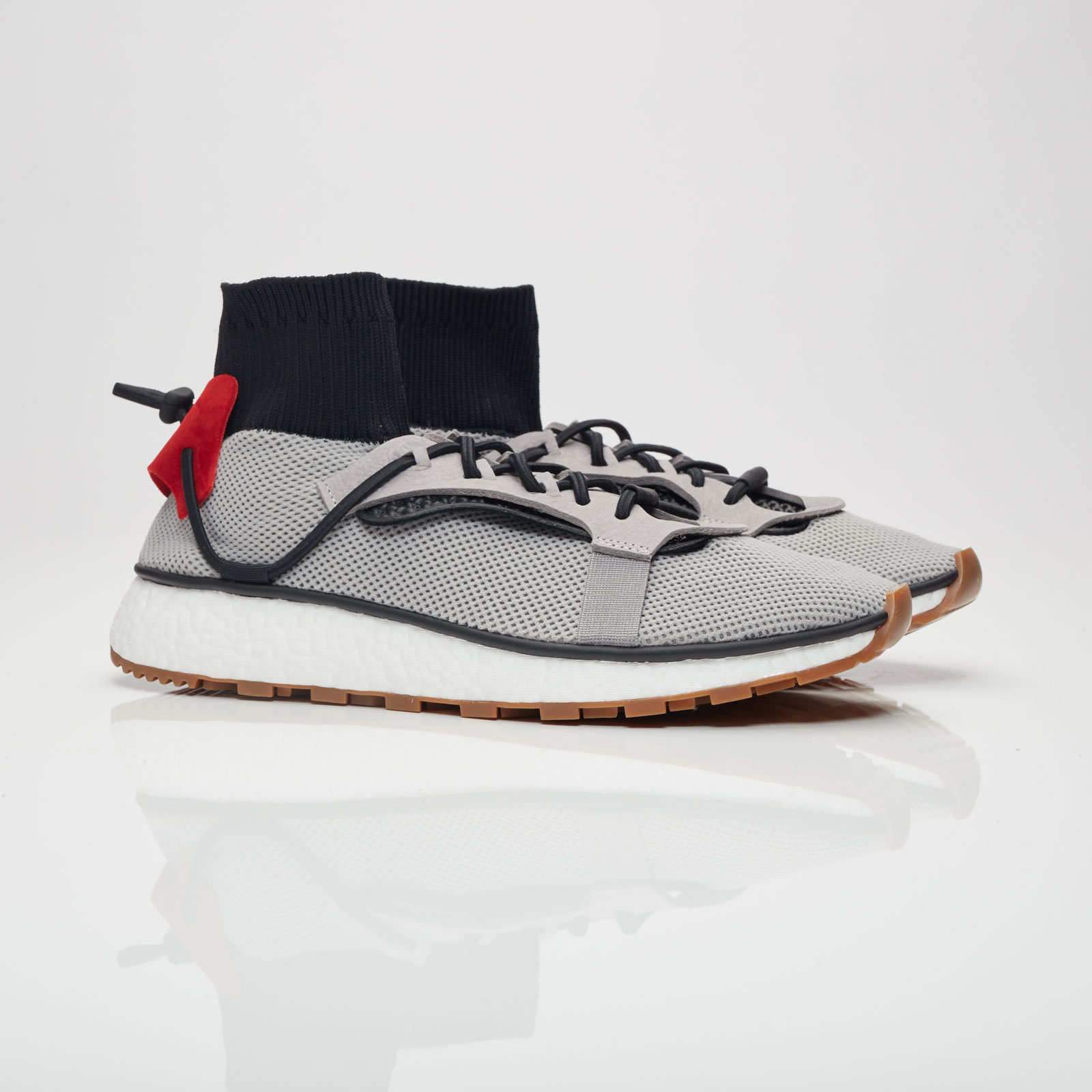 nouveau style 5afb1 e4b71 adidas AW Run - Cm7826 - Sneakersnstuff   sneakers ...
