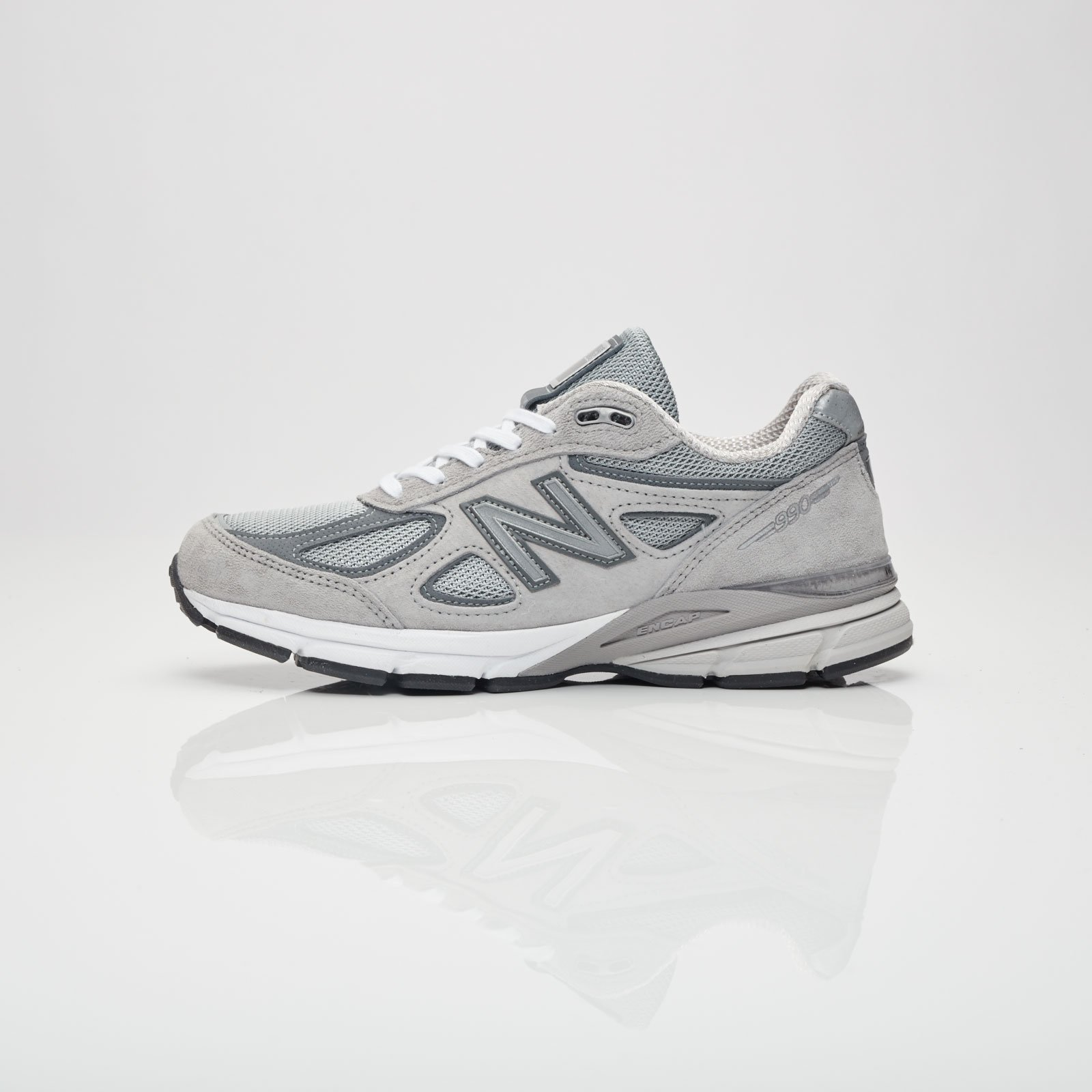 premium selection 8c1c4 f5a21 New Balance W990 - W990gl4 - Sneakersnstuff | sneakers ...