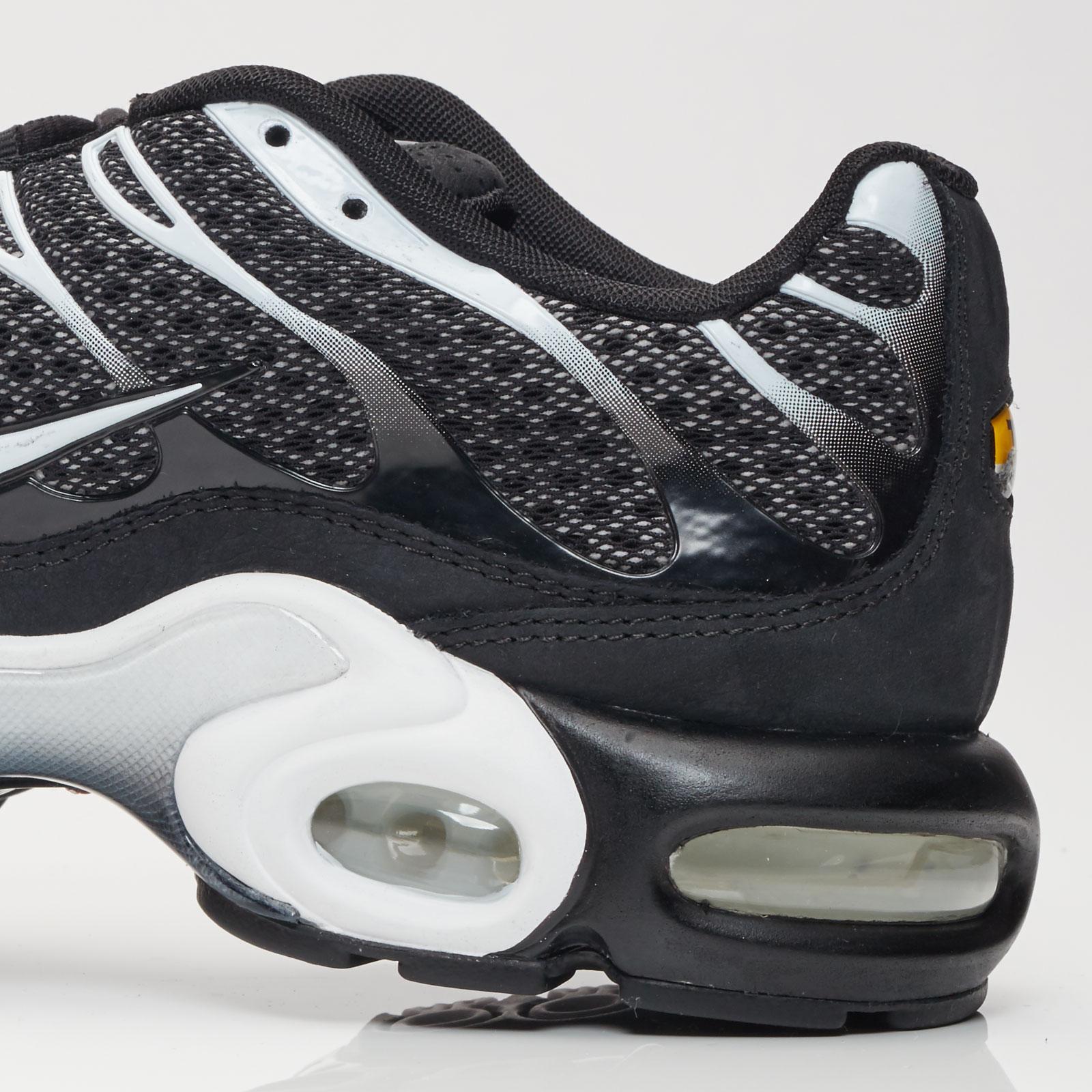 Nike Air Max Plus - 898018-001