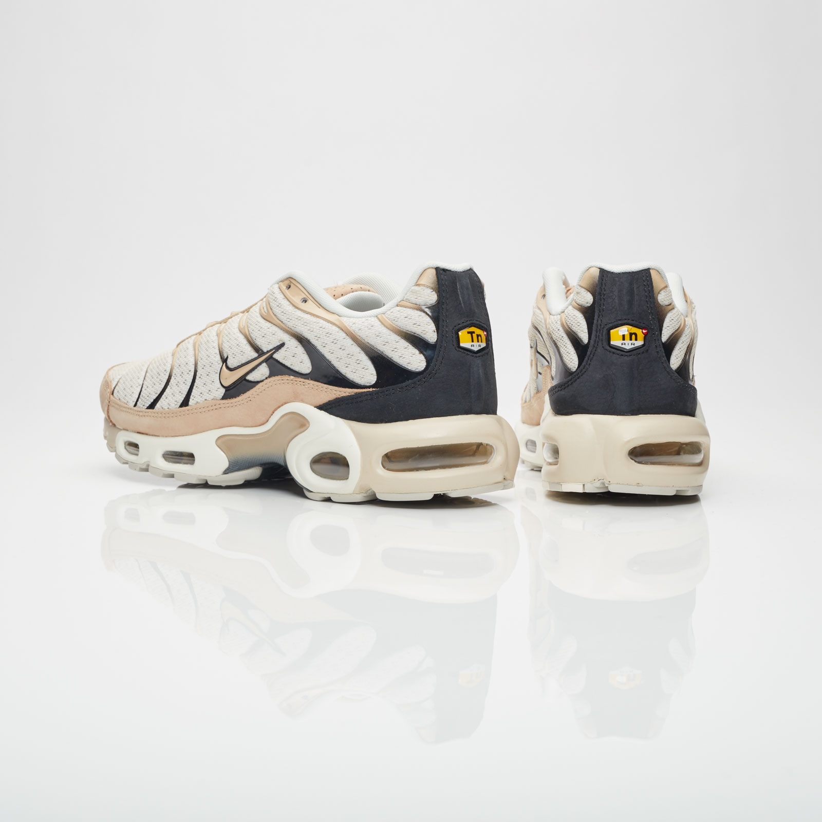 ae558f9543 Nike Air Max Plus - 898018-002 - Sneakersnstuff | sneakers & streetwear  online since 1999