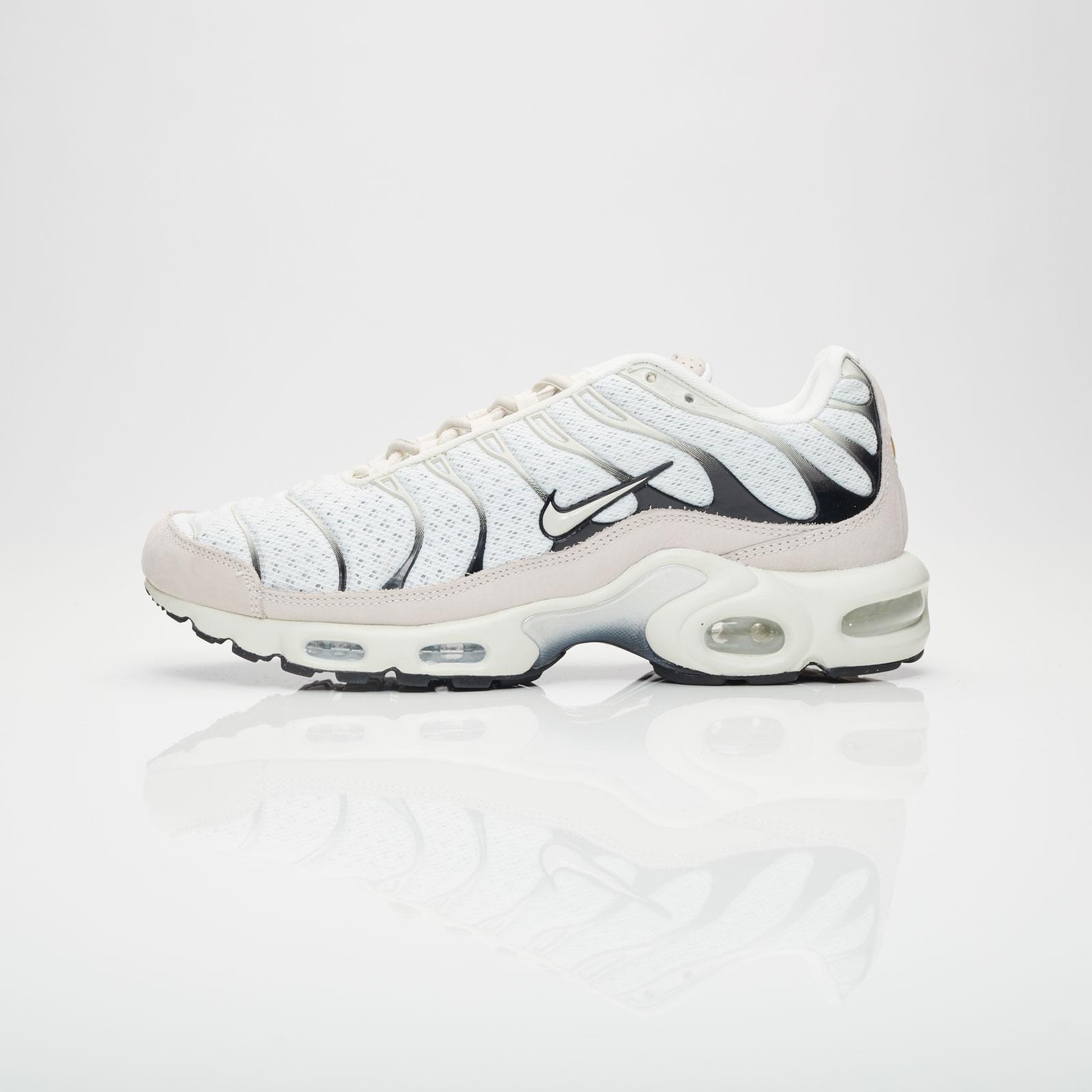 88b4afe6d2 Nike Air Max Plus - 898018-100 - Sneakersnstuff | sneakers & streetwear  online since 1999