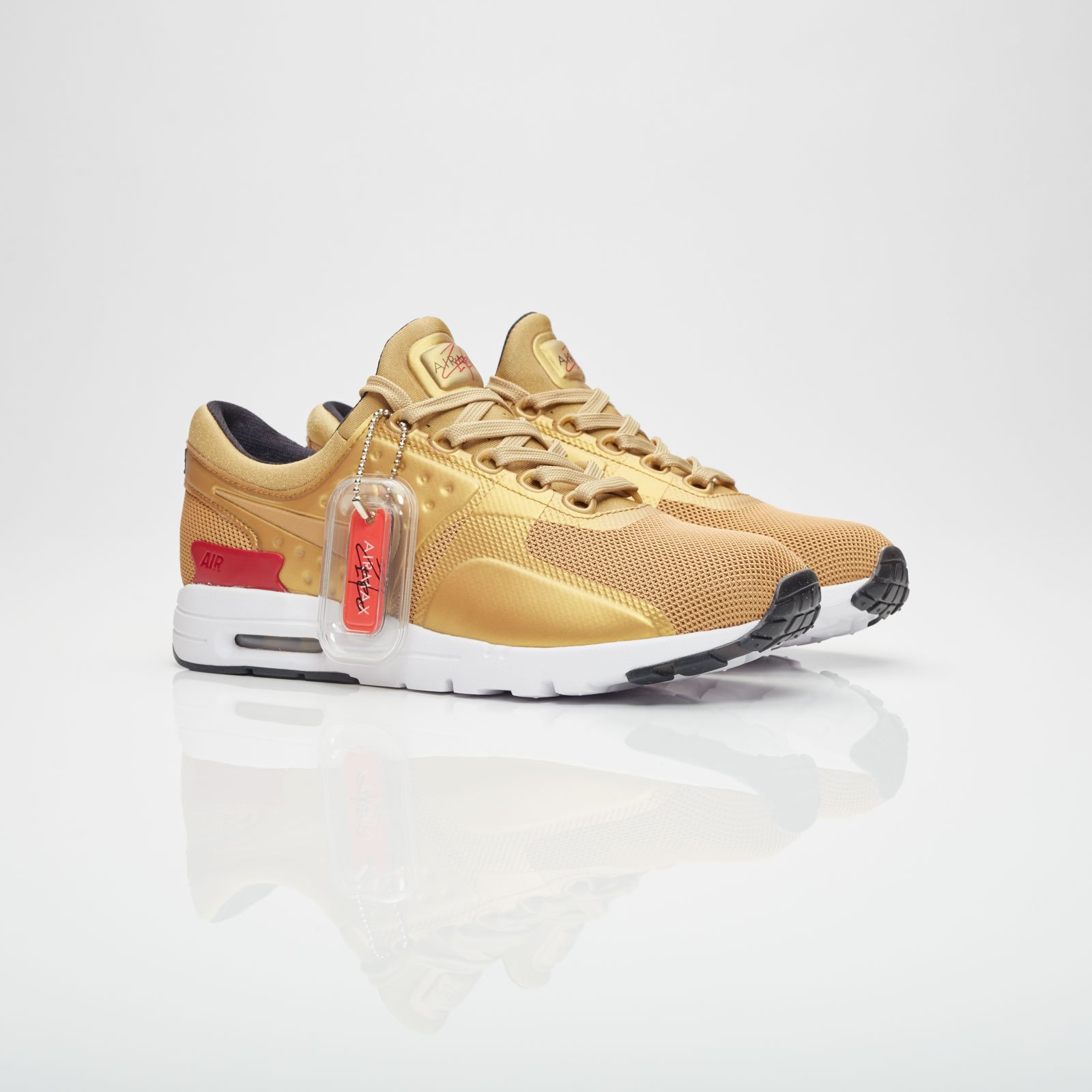 26a8e67797 Nike Wmns Air Max Zero QS - 863700-700 - Sneakersnstuff | sneakers ...