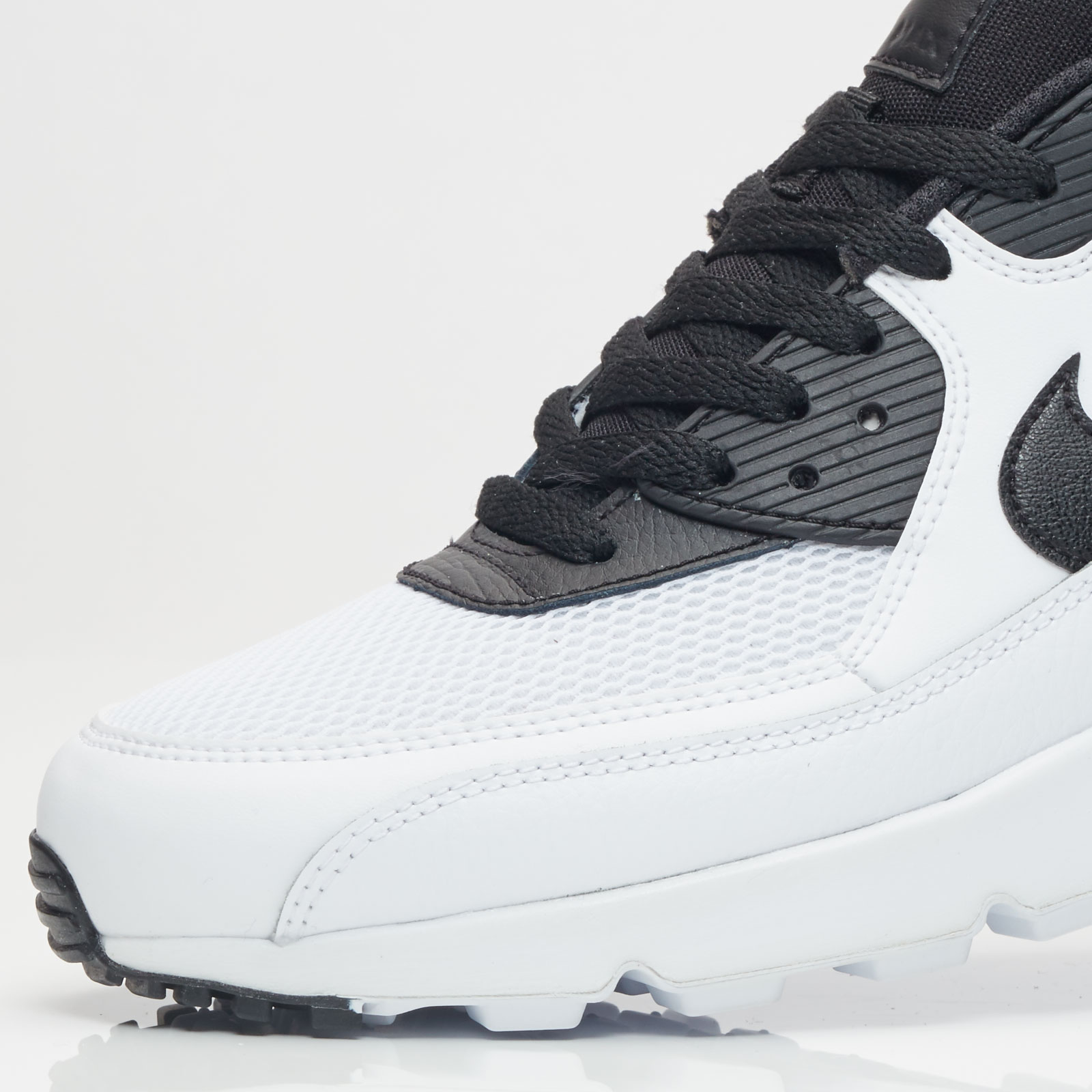 Buy Nike Air Max 90 Essential 131 537384 131 Online | at