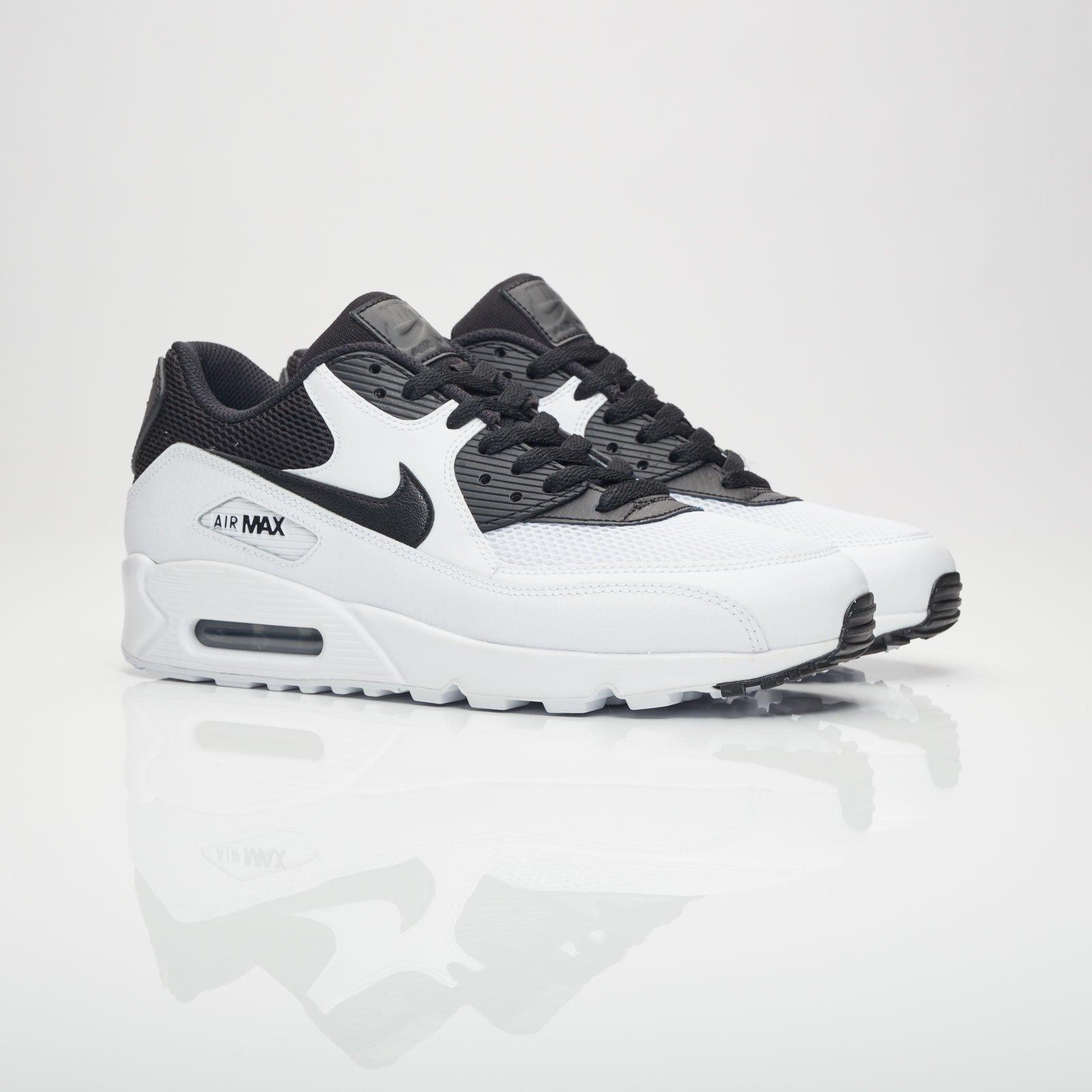 online store bf30e a78d9 Nike Sportswear Air Max 90 Essential