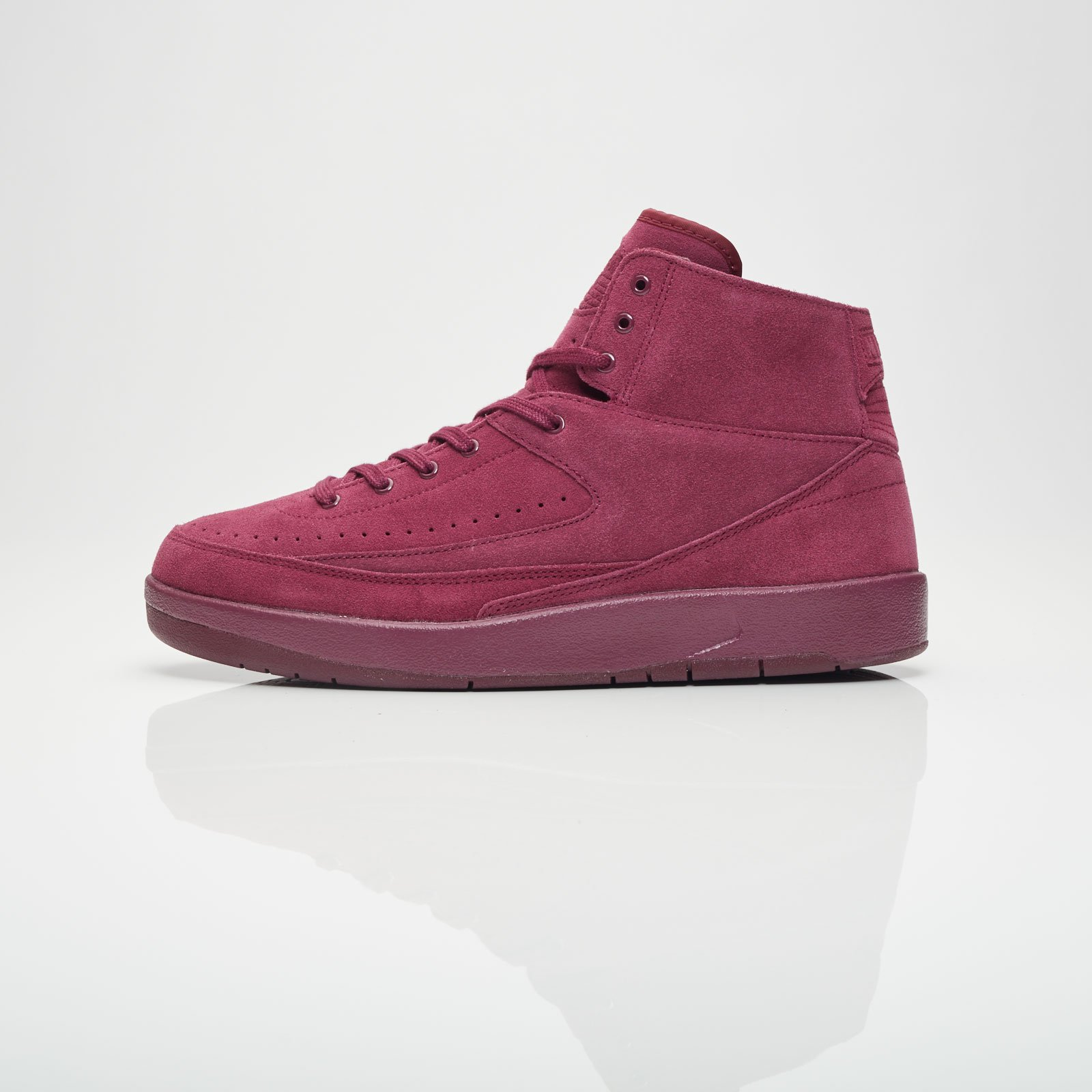 694a9a1feee4 Jordan Brand Air Jordan 2 Retro Decon - 897521-606 - Sneakersnstuff ...
