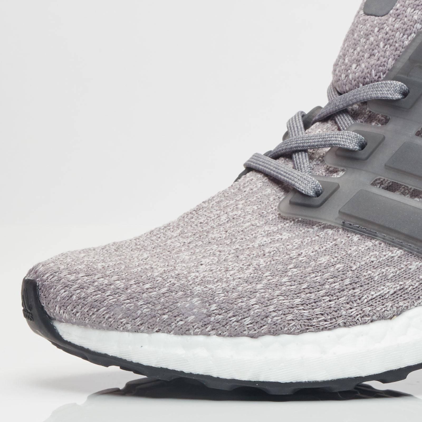 e06c18b691e0e adidas UltraBoost W - S82052 - Sneakersnstuff