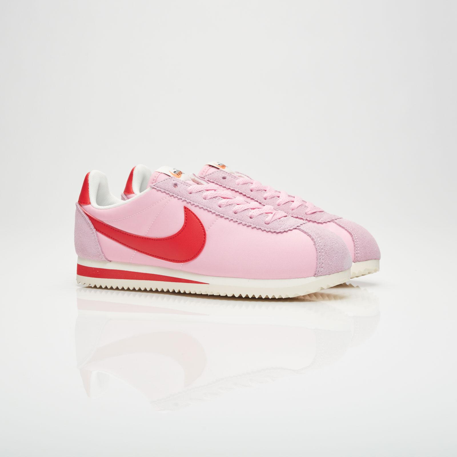 Nike Wmns Classic Cortez Nylon Premium - 882258-601 - Sneakersnstuff ... 278bbbabde