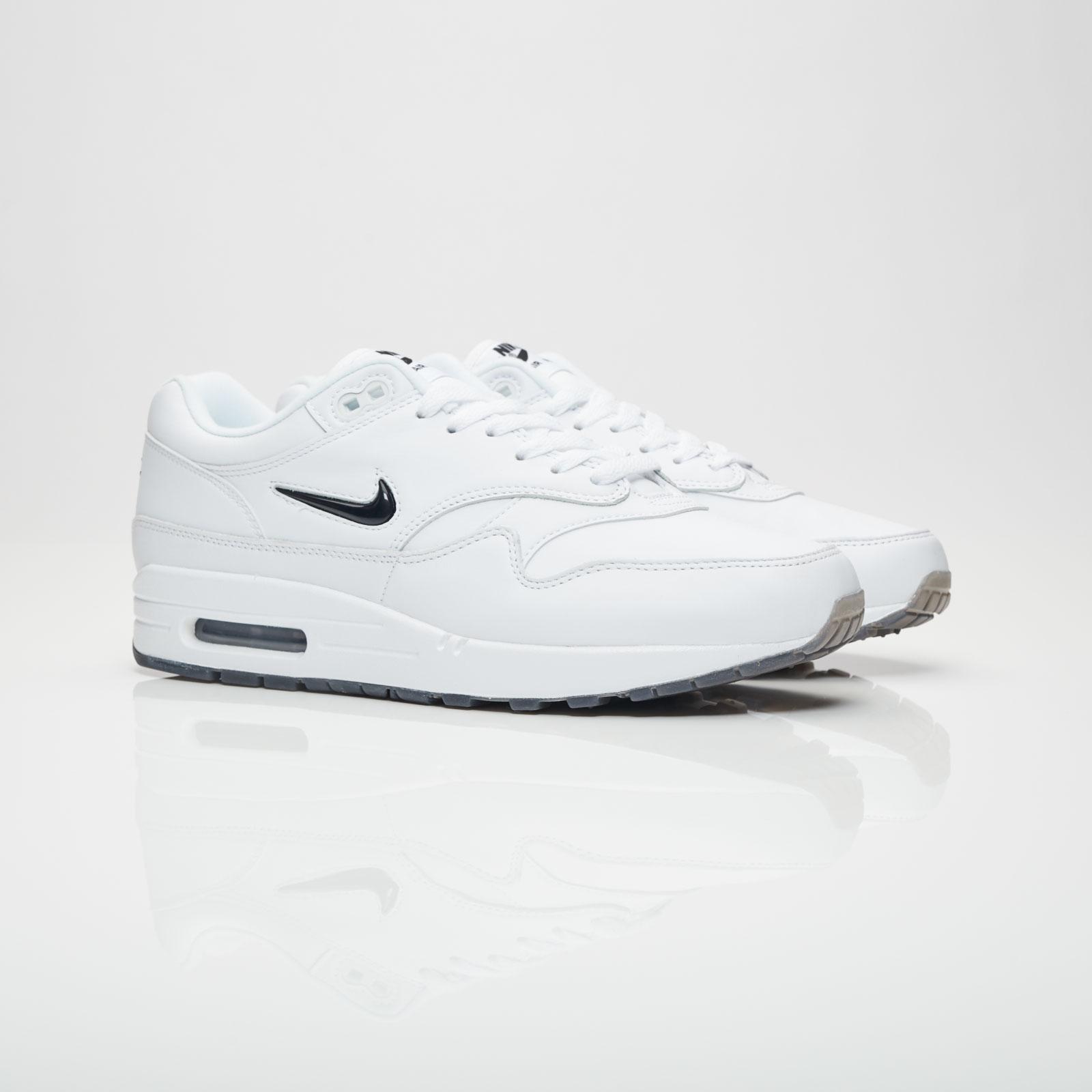 c811f64593b1 Nike Air Max 1 Premium SC - 918354-103 - Sneakersnstuff