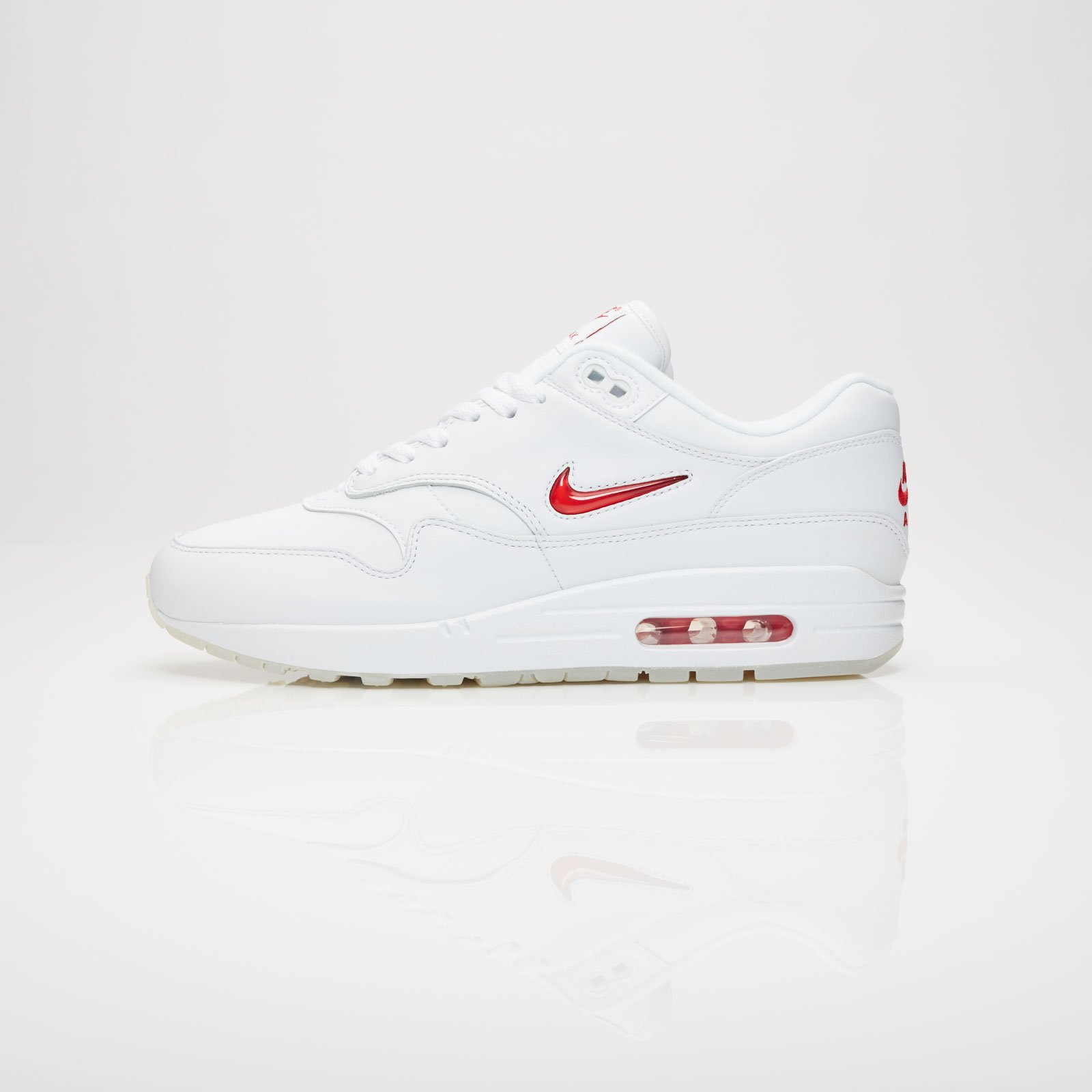 factory authentic f5f73 ccb82 Nike Air Max 1 Premium SC - 918354-104 - Sneakersnstuff   sneakers    streetwear online since 1999