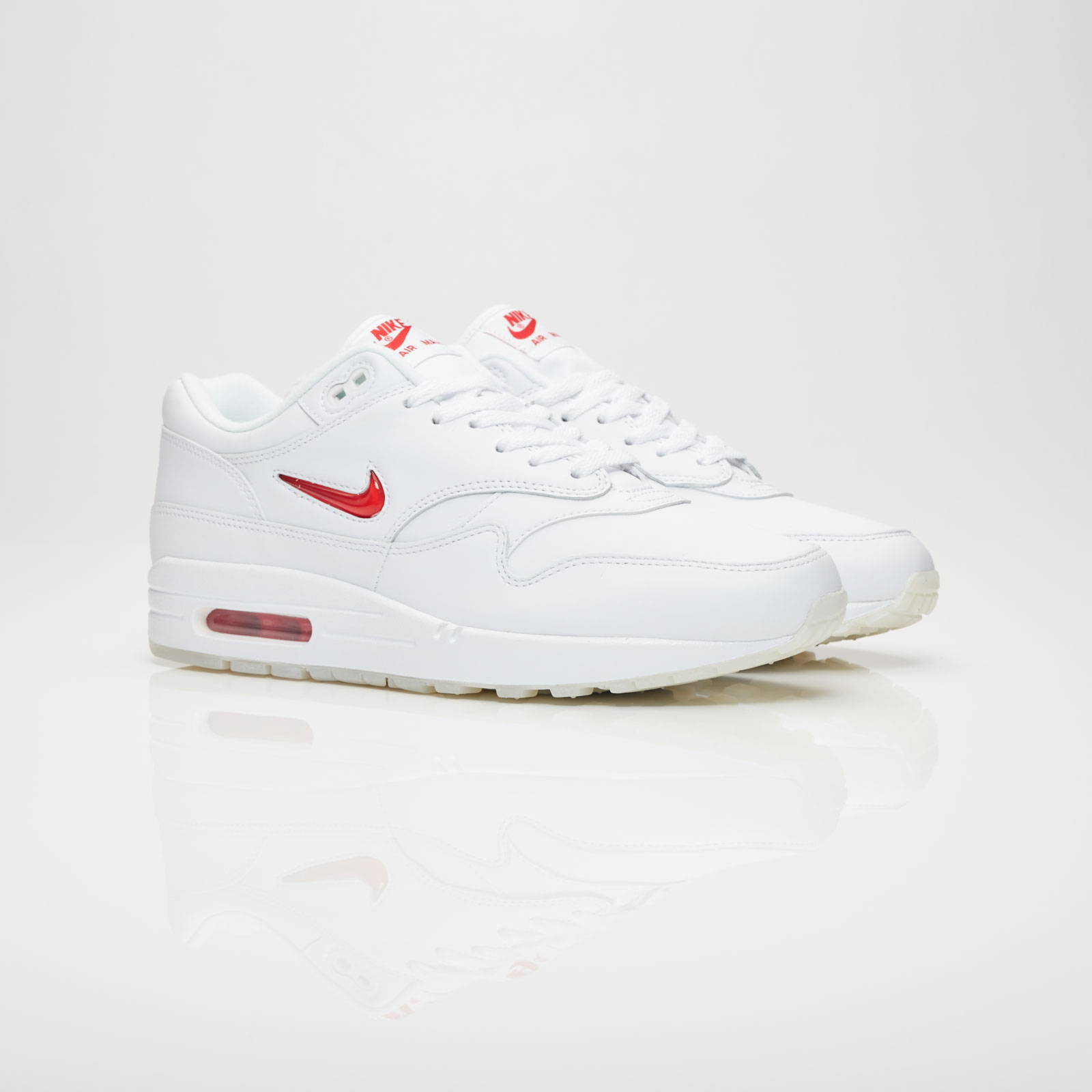 7eb82ff522 Nike Air Max 1 Premium SC - 918354-104 - Sneakersnstuff | sneakers ...