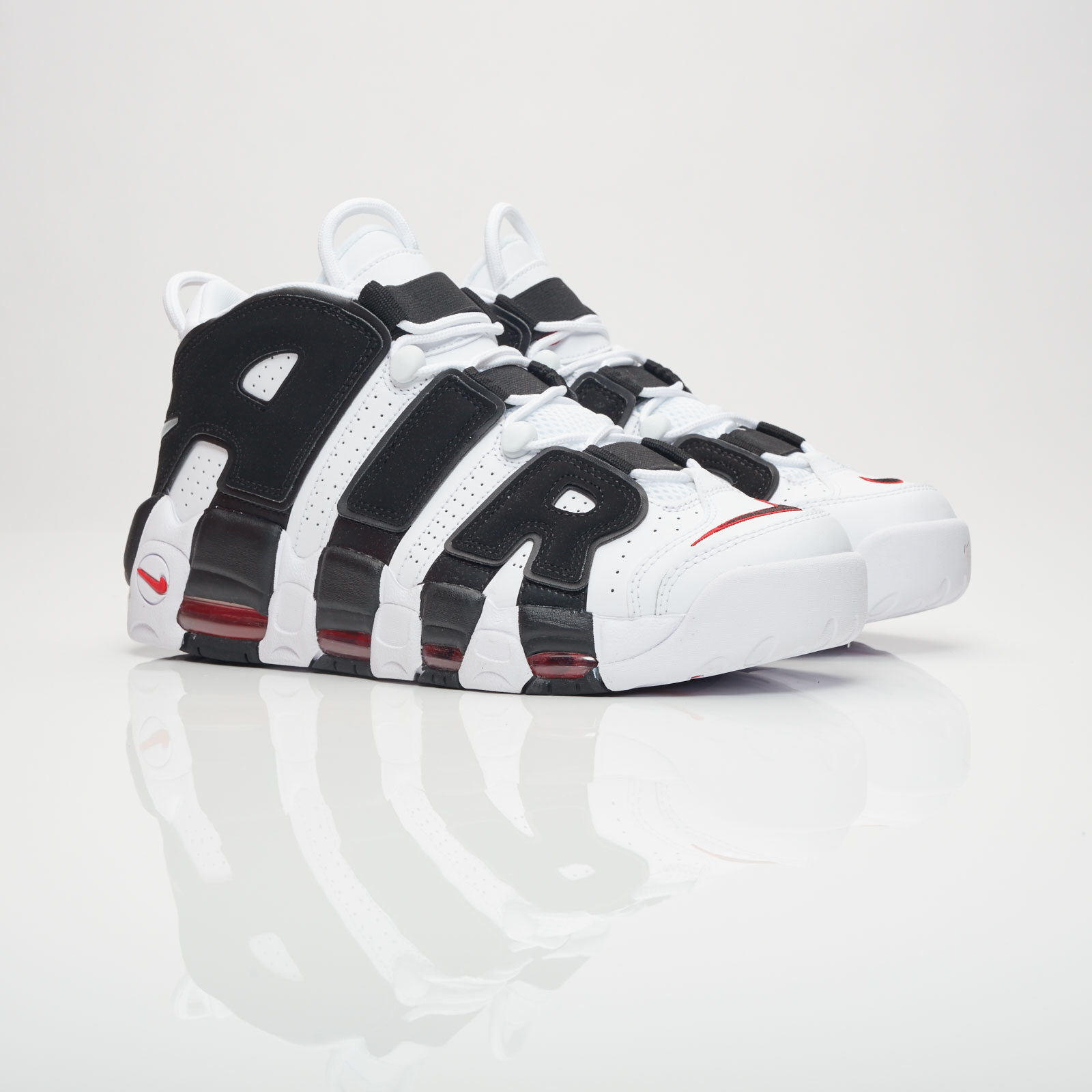 Nike Air More Uptempo - 414962-105 - Sneakersnstuff  ab252be2eb