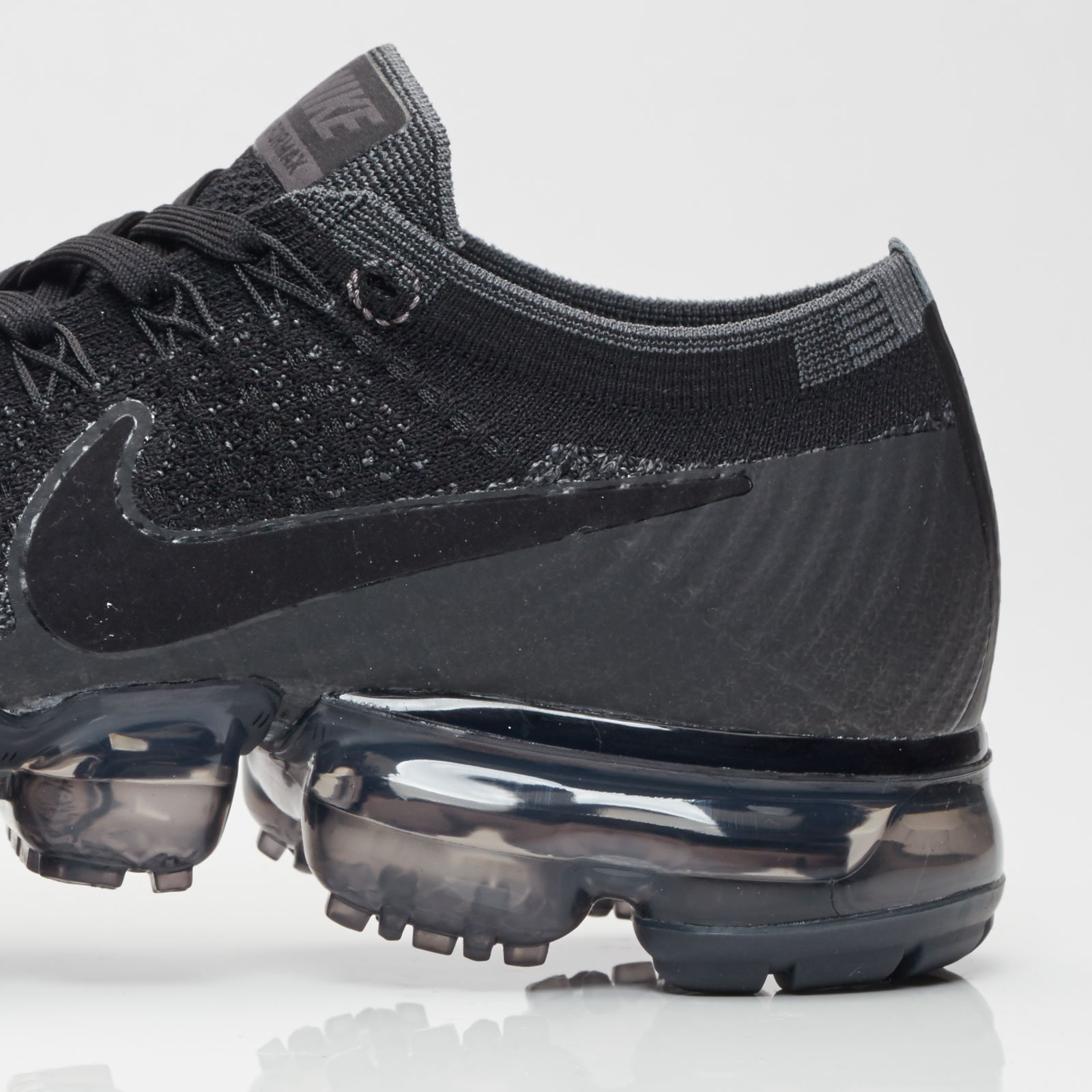 new product 520d4 981e5 ... Air Max Vapormax Flyknit - 6. Close