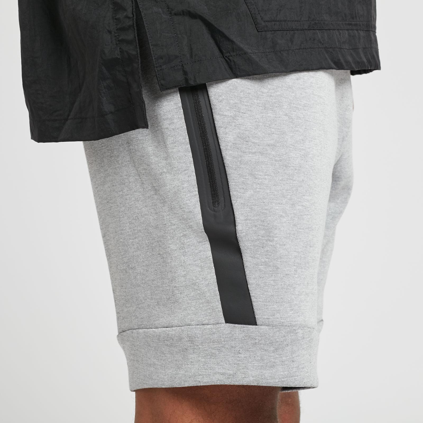 fecb7cb4e7e Nike M NSW Tech Fleece Short - 805160-100 - Sneakersnstuff ...