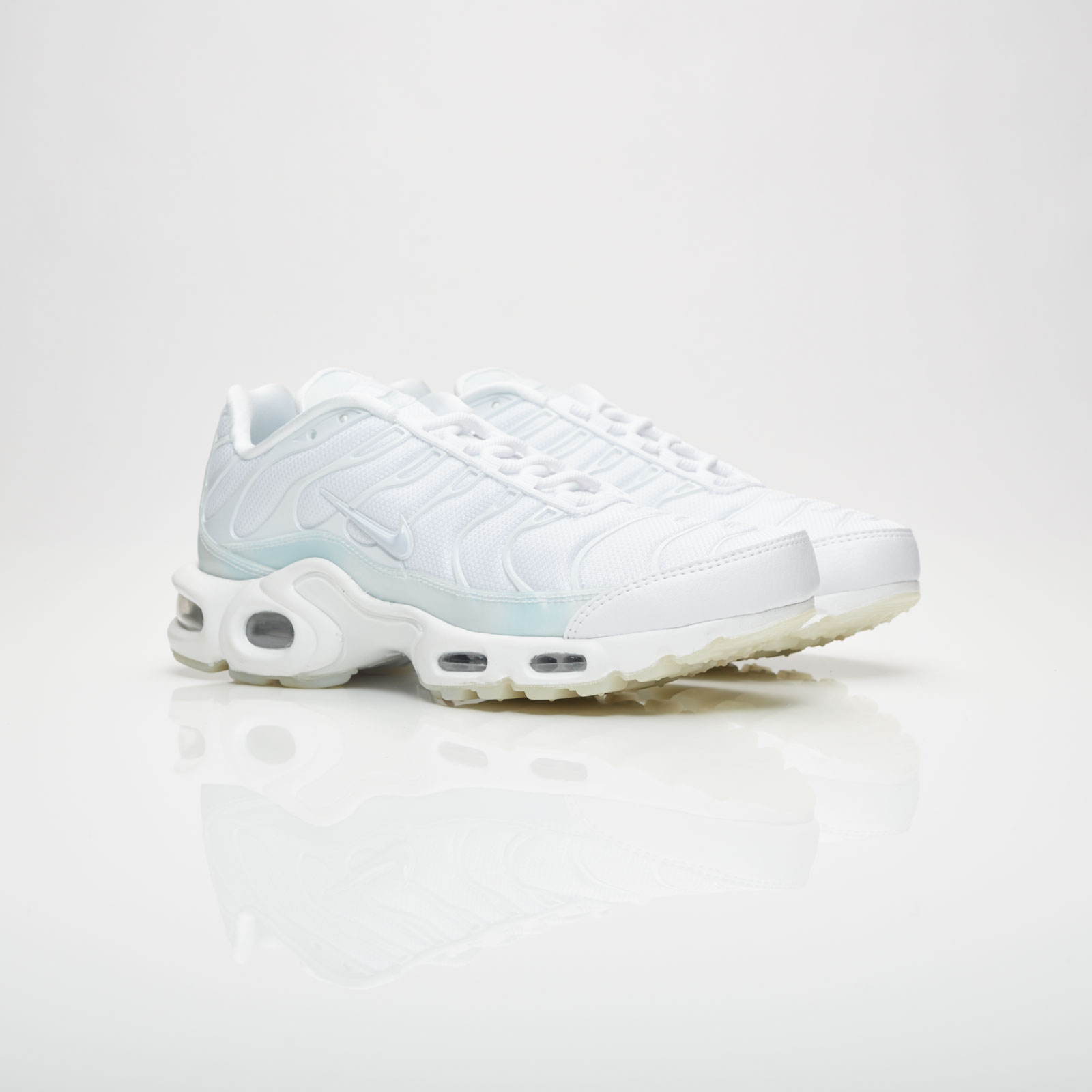 Nike Wmns Air Max Plus SE 862201 101 Sneakersnstuff