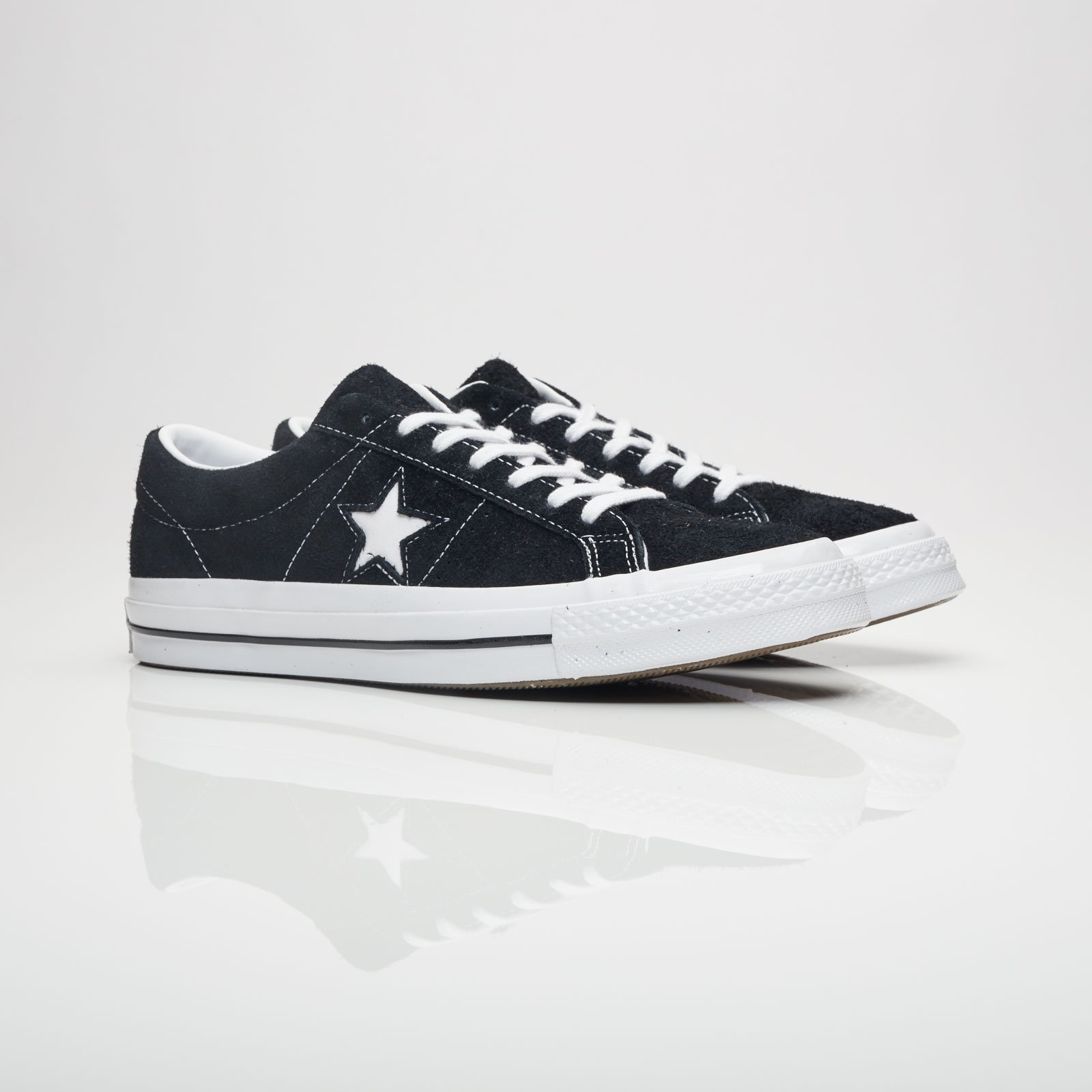 Converse ONE STAR svart