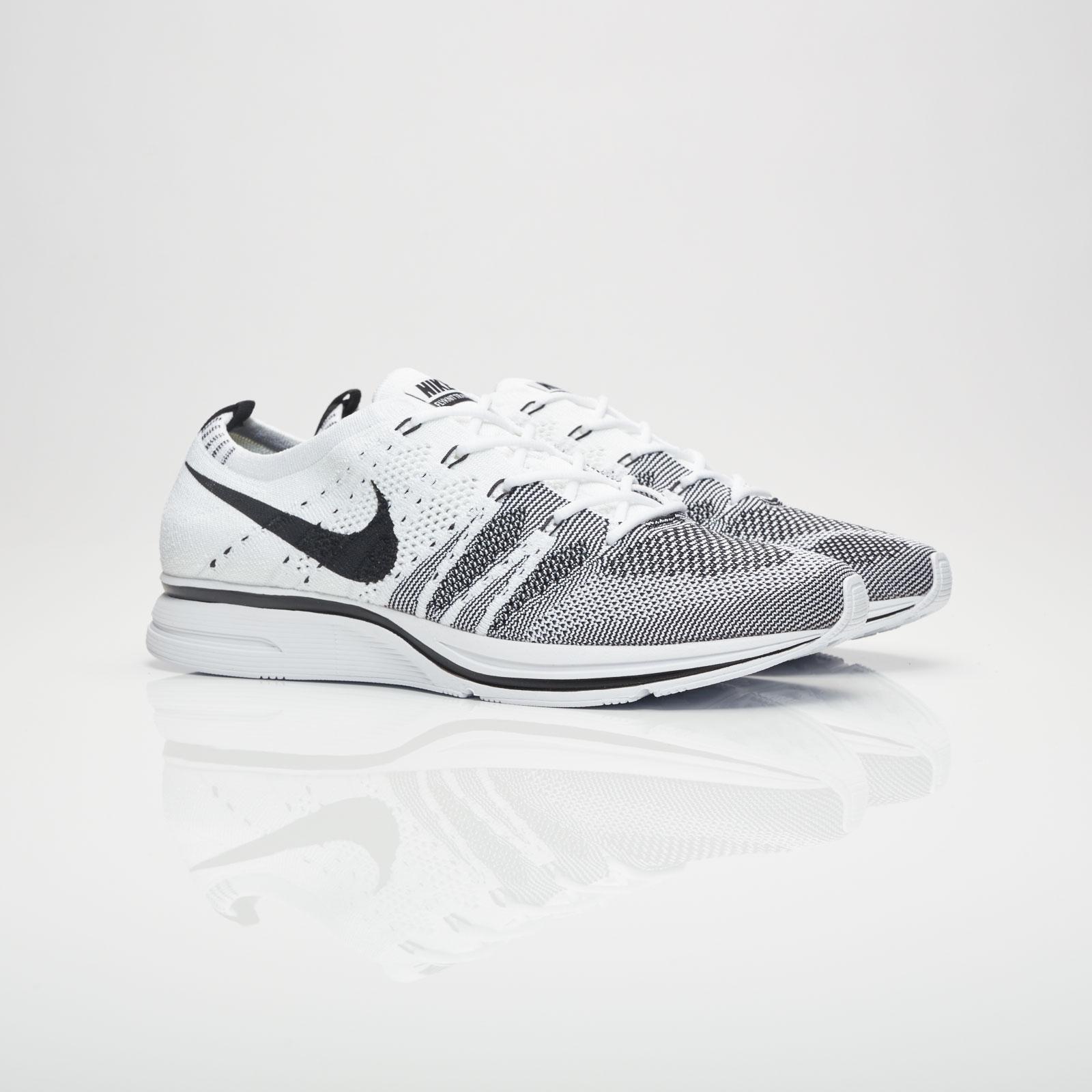 95a3a8771d755 Nike Flyknit Trainer - Ah8396-100 - Sneakersnstuff