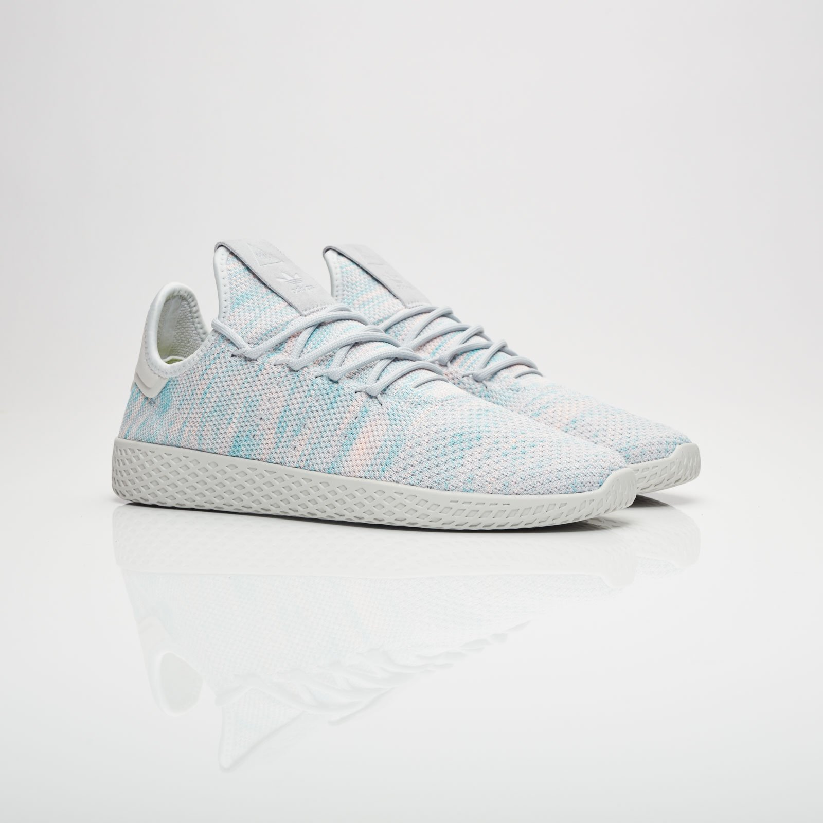 3e92a5668 adidas Pharrell Williams Tennis HU - By2671 - Sneakersnstuff ...