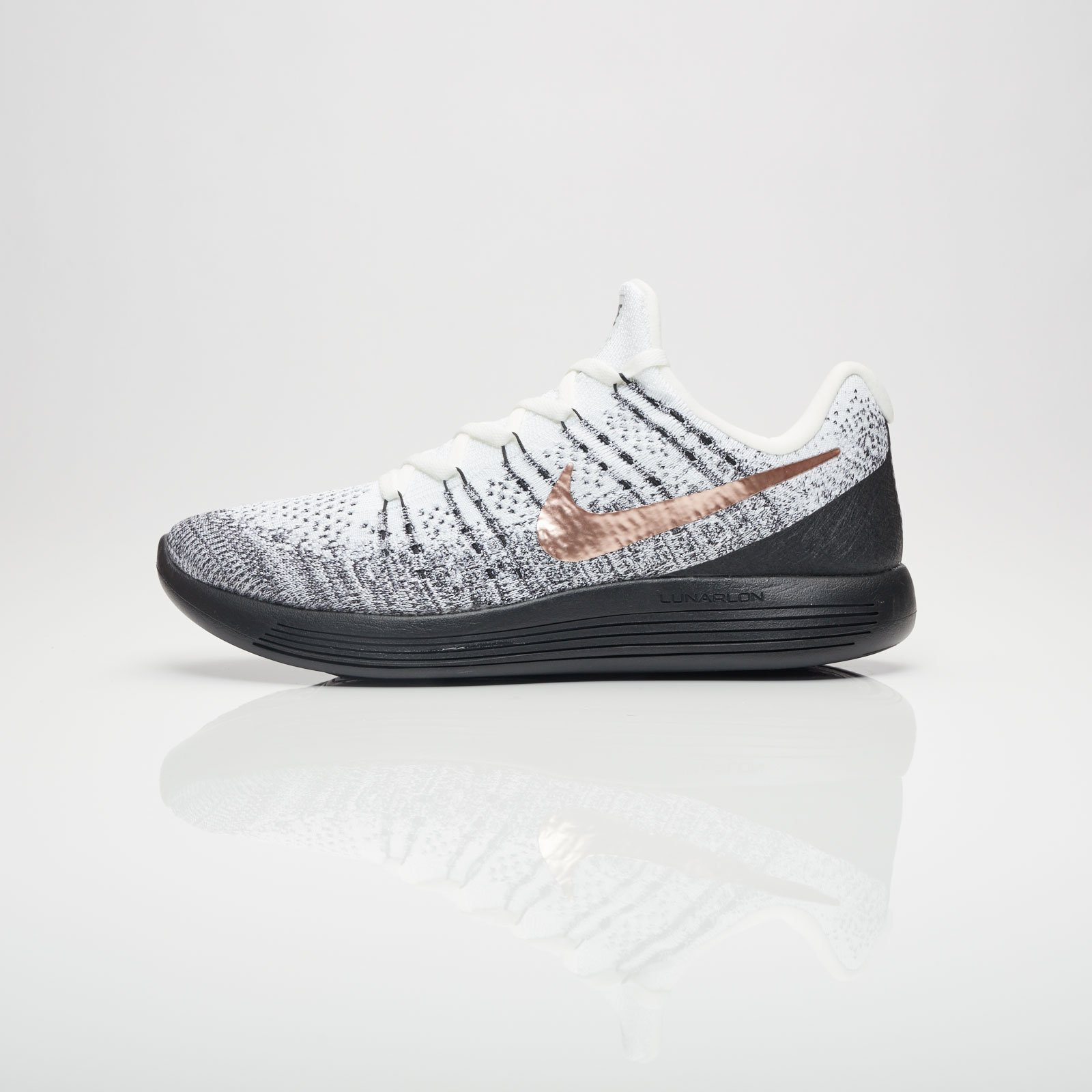 61212941a309 Nike Lunarepic Low FK 2 X-Plore - 904742-100 - Sneakersnstuff ...