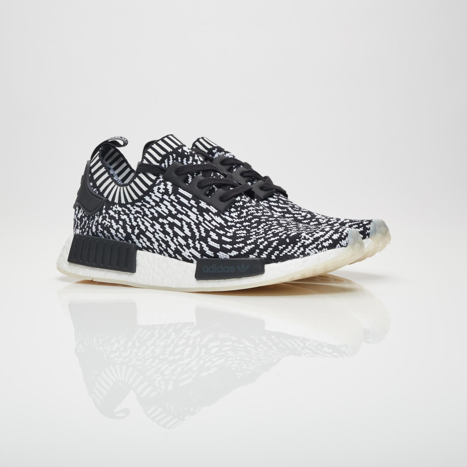 outlet store 051a9 b038e adidas NMD R1 PK - By3013 - Sneakersnstuff | sneakers ...