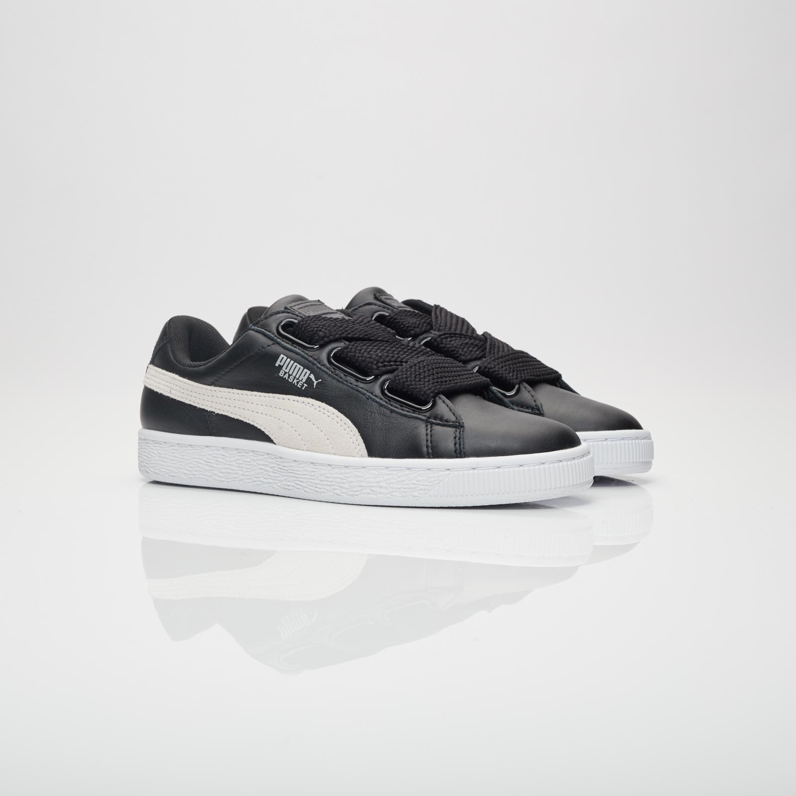 differently c35ef a7757 Puma Basket Heart DE Wmns - 364082-01 - Sneakersnstuff ...