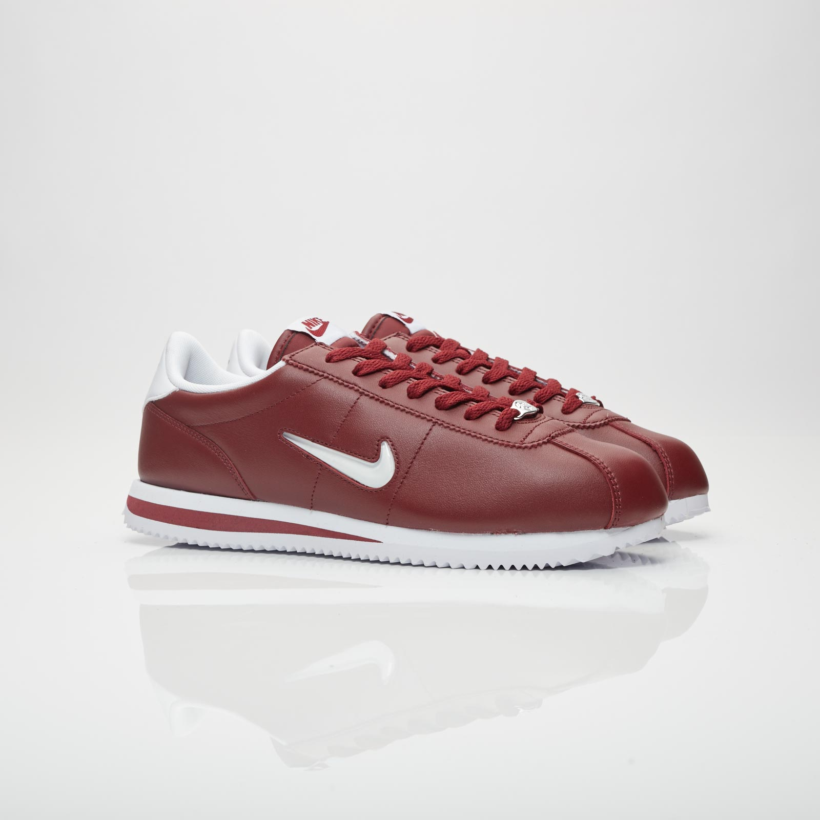 official photos ff70f c41b9 Nike Cortez Basic Jewel - 833238-600 - Sneakersnstuff ...