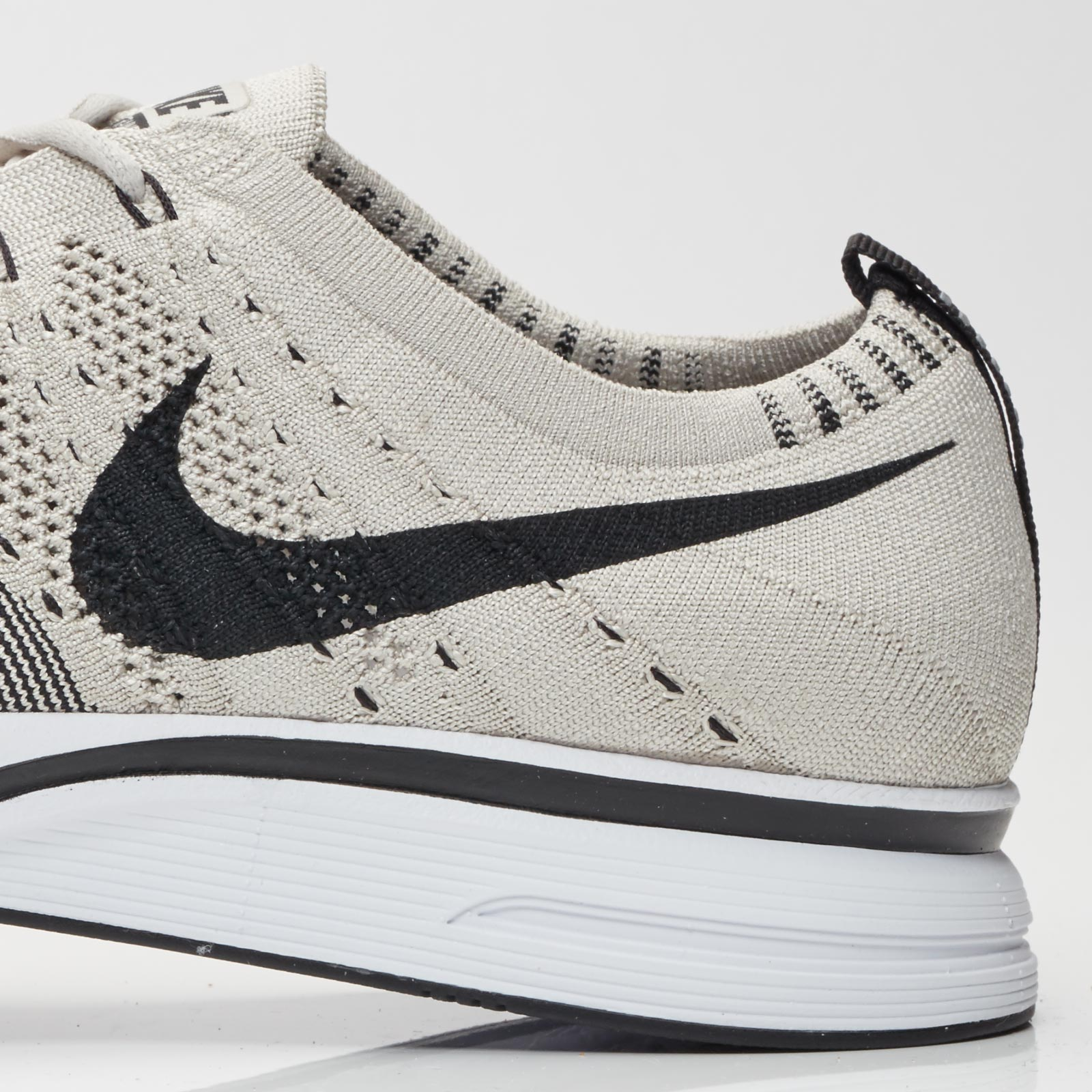 a4bbeac08ea3 ... inexpensive nike running flyknit trainer 8e2fd 2cfdf ...