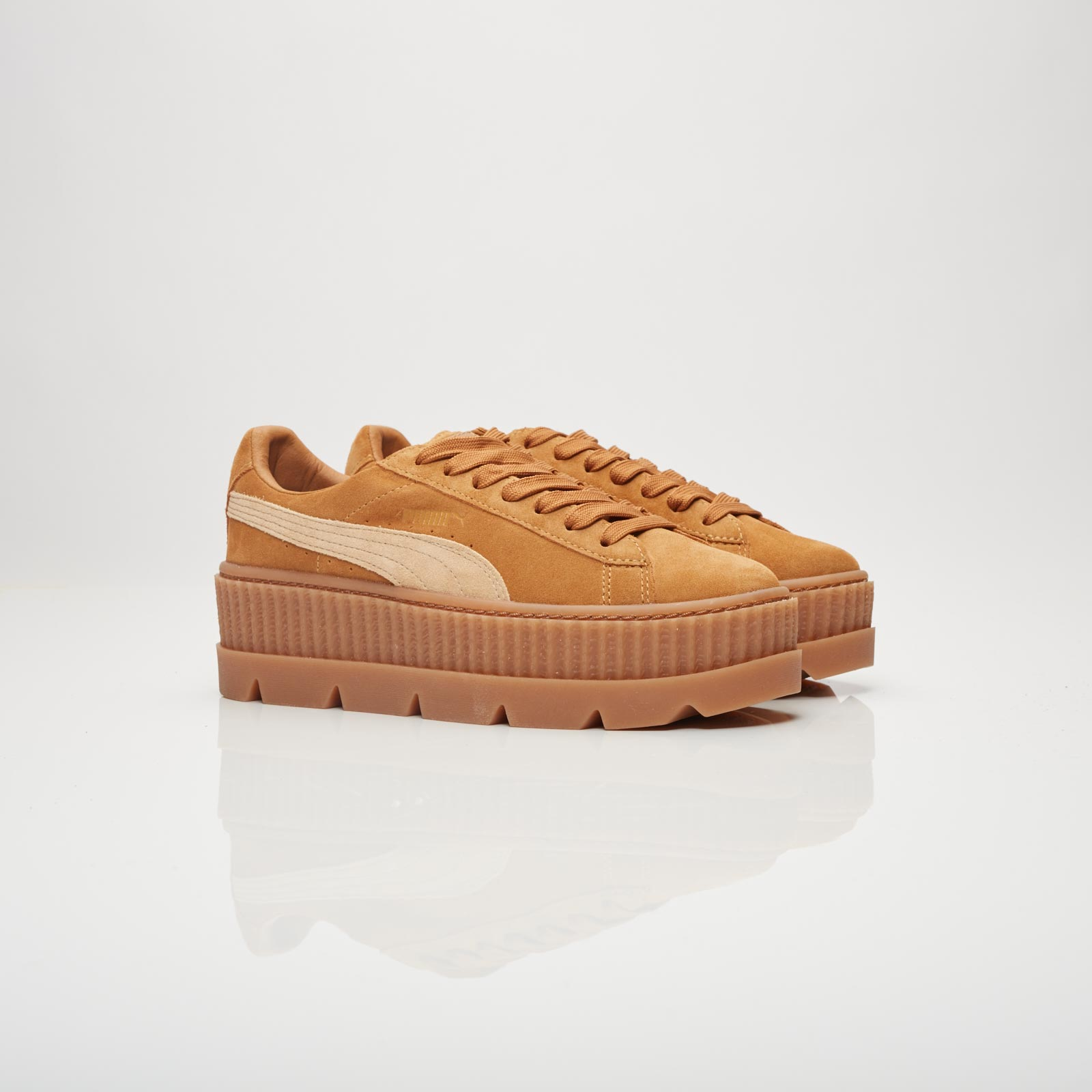 Puma Cleated Creeper Suede Wns - 366268-02 - Sneakersnstuff ... d1679a621