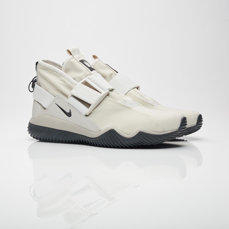 31c535e006e3 Nike Komyuter Premium - 921664-002 - Sneakersnstuff
