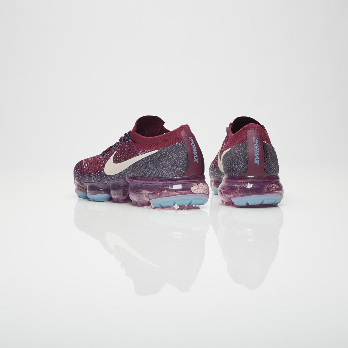 2c63afb6082d Nike Wmns Air Vapormax Flyknit - 899472-602 - Sneakersnstuff ...
