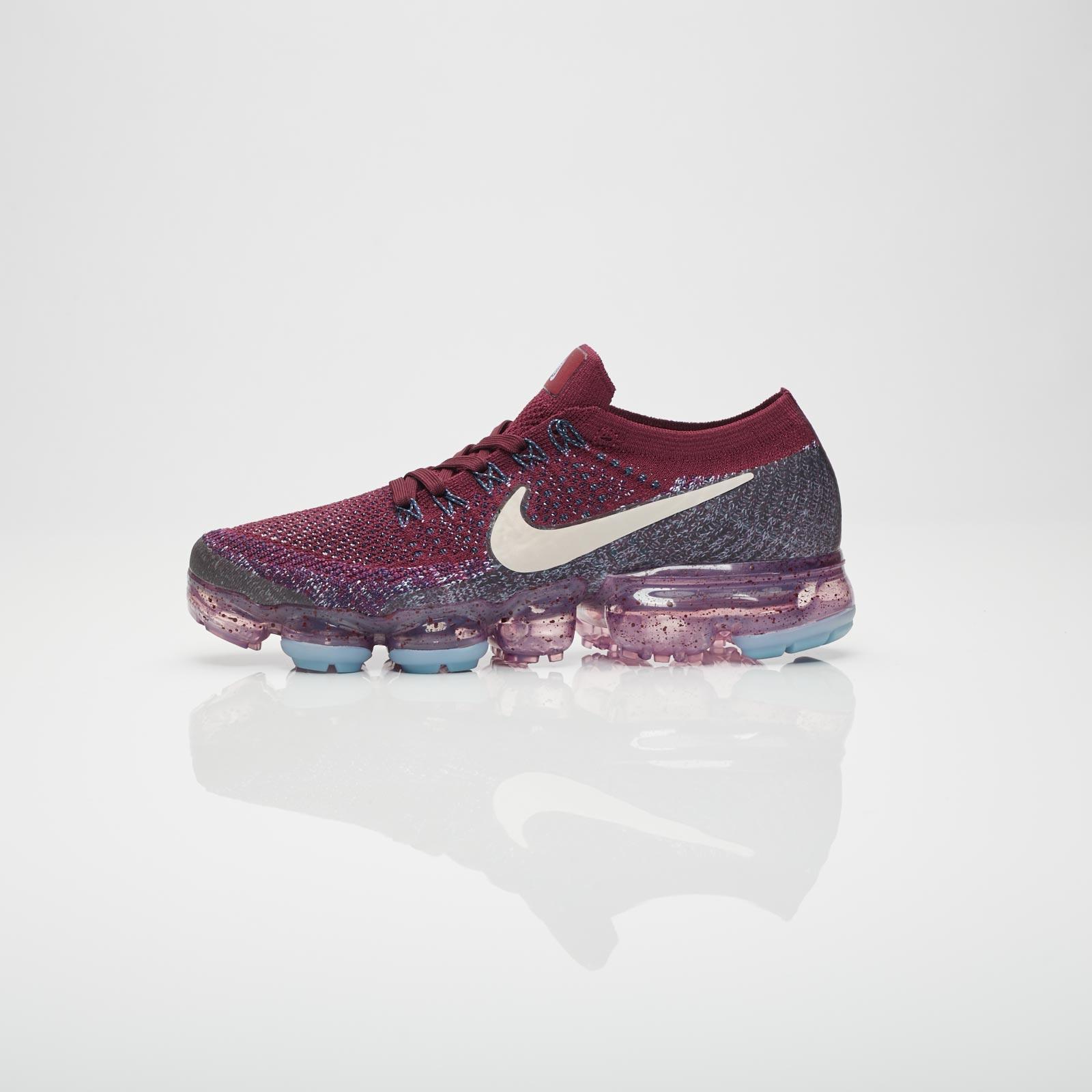 meet 4b9a8 95879 Nike Wmns Air Vapormax Flyknit - 899472-602 - Sneakersnstuff   sneakers    streetwear online since 1999