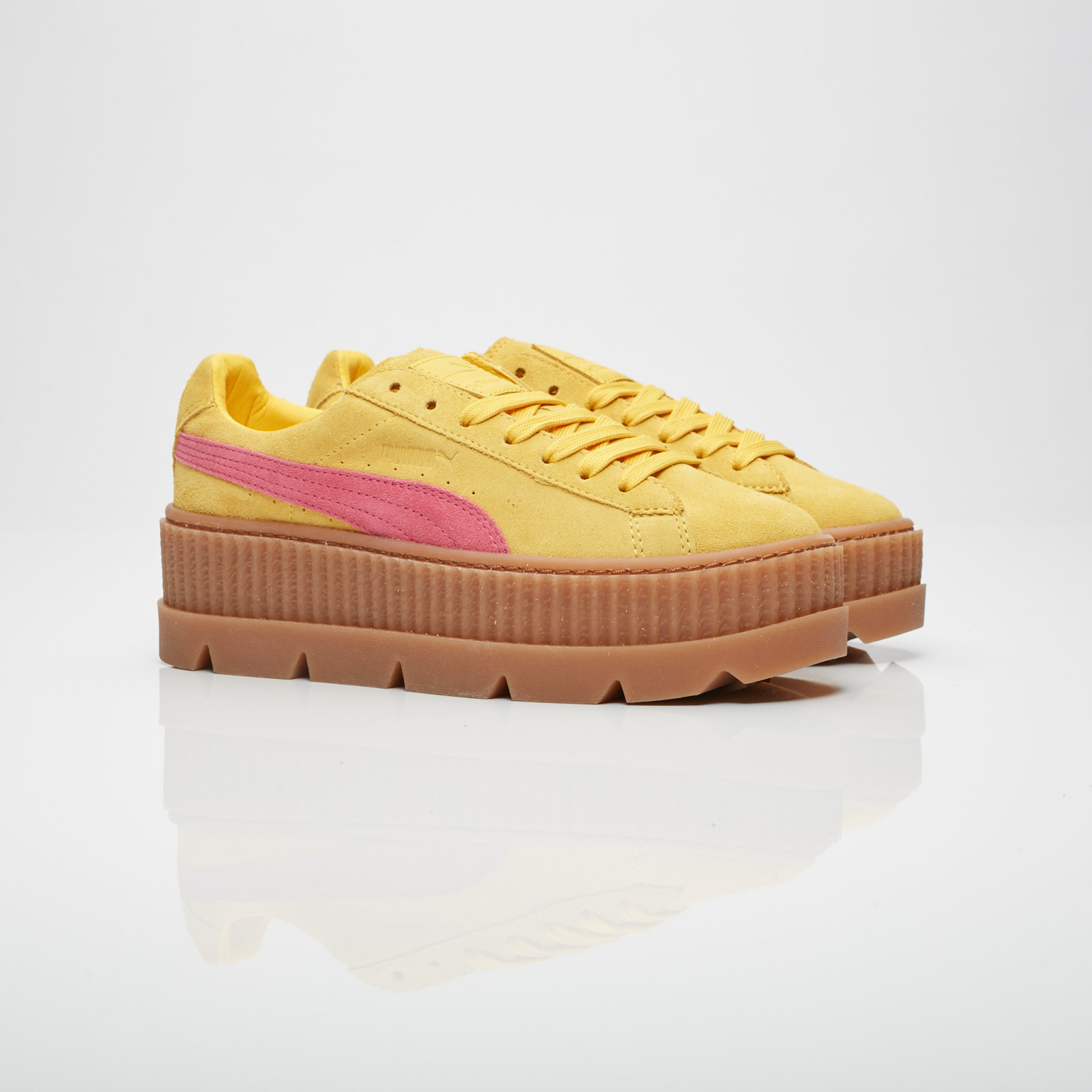 best sneakers 80877 7baa9 Puma Cleated Creeper Suede Wns - 366268-03 - Sneakersnstuff ...