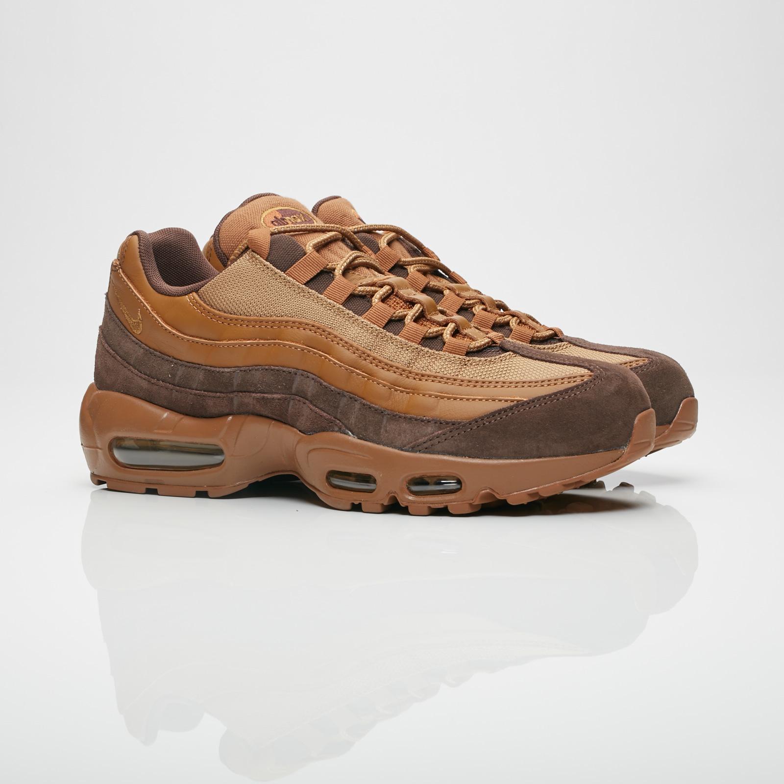 ee33555ee4389 Nike Air Max 95 Premium - 538416-203 - Sneakersnstuff