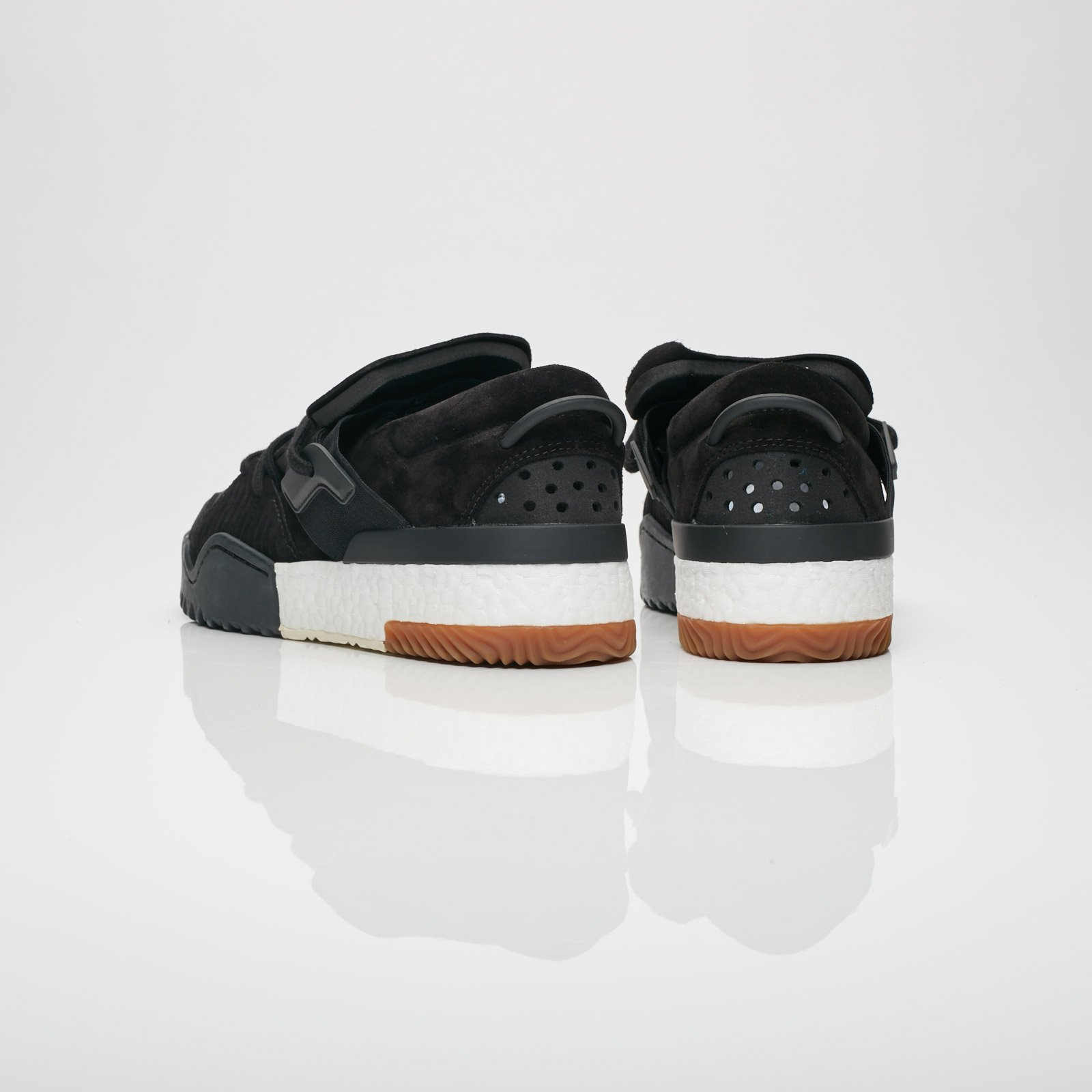 adidas Basketball Shoes Ac6847 Sneakersnstuff   sneakers