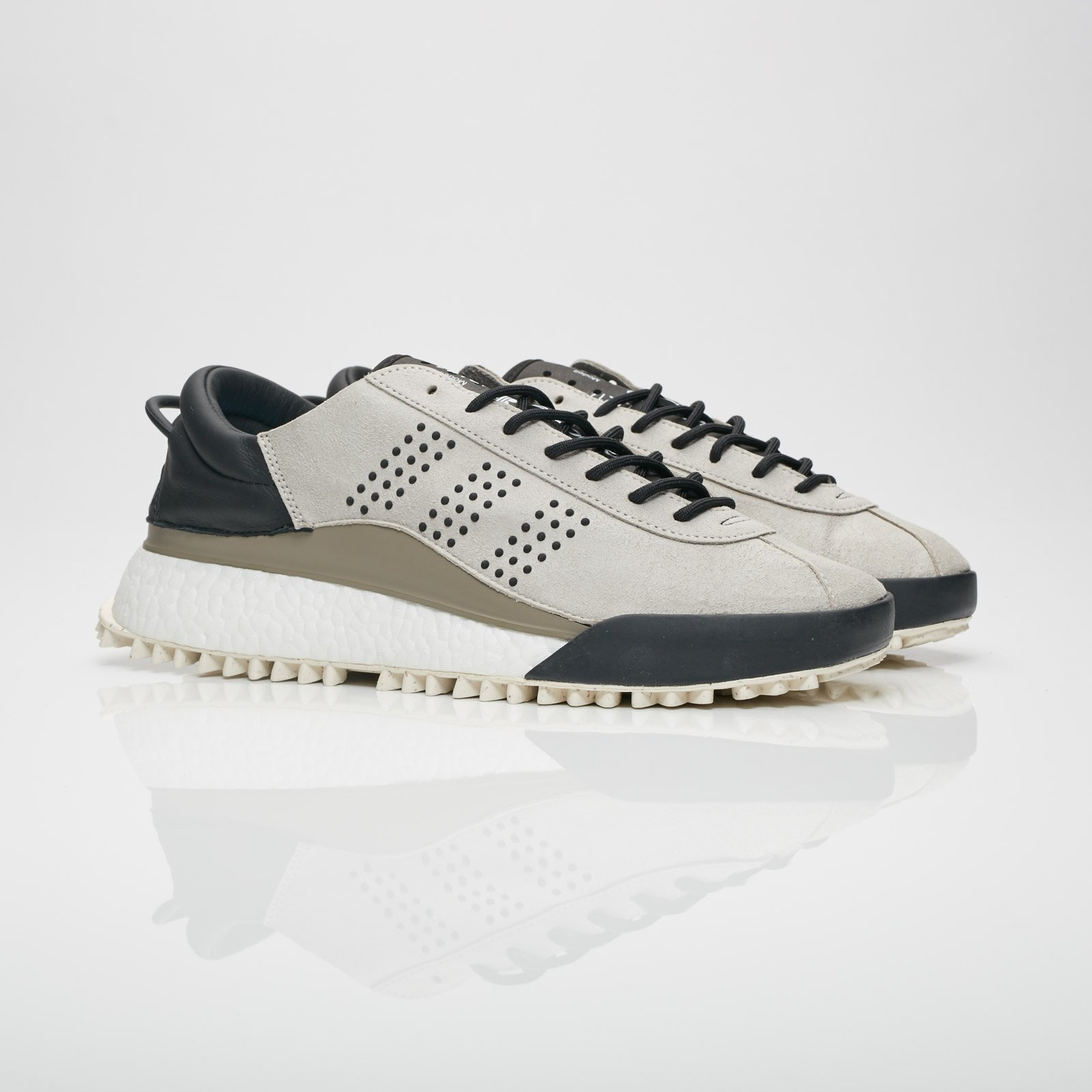 adidas Hike Low Shoes Ac6842 Sneakersnstuff I Sneakers