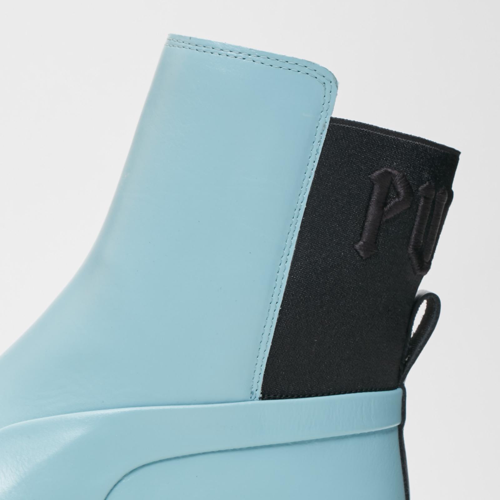 57687ad5d06 Puma Chelsea Sneaker Boot Wns - 366266-01 - Sneakersnstuff ...
