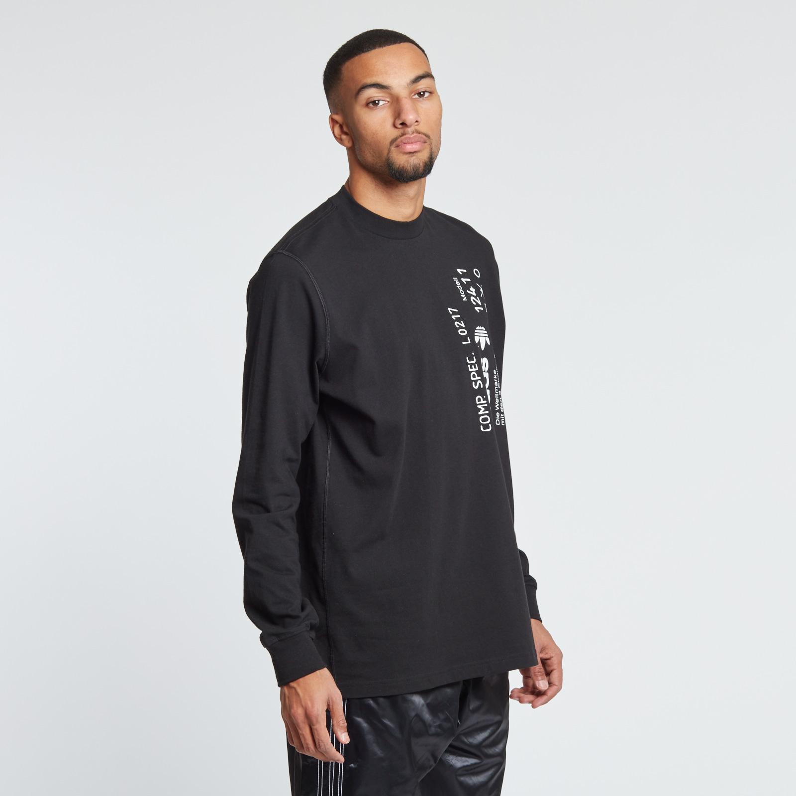 f466bac155af adidas Graphic Long Sleeve Shirt - Cv5290 - Sneakersnstuff | sneakers &  streetwear online since 1999
