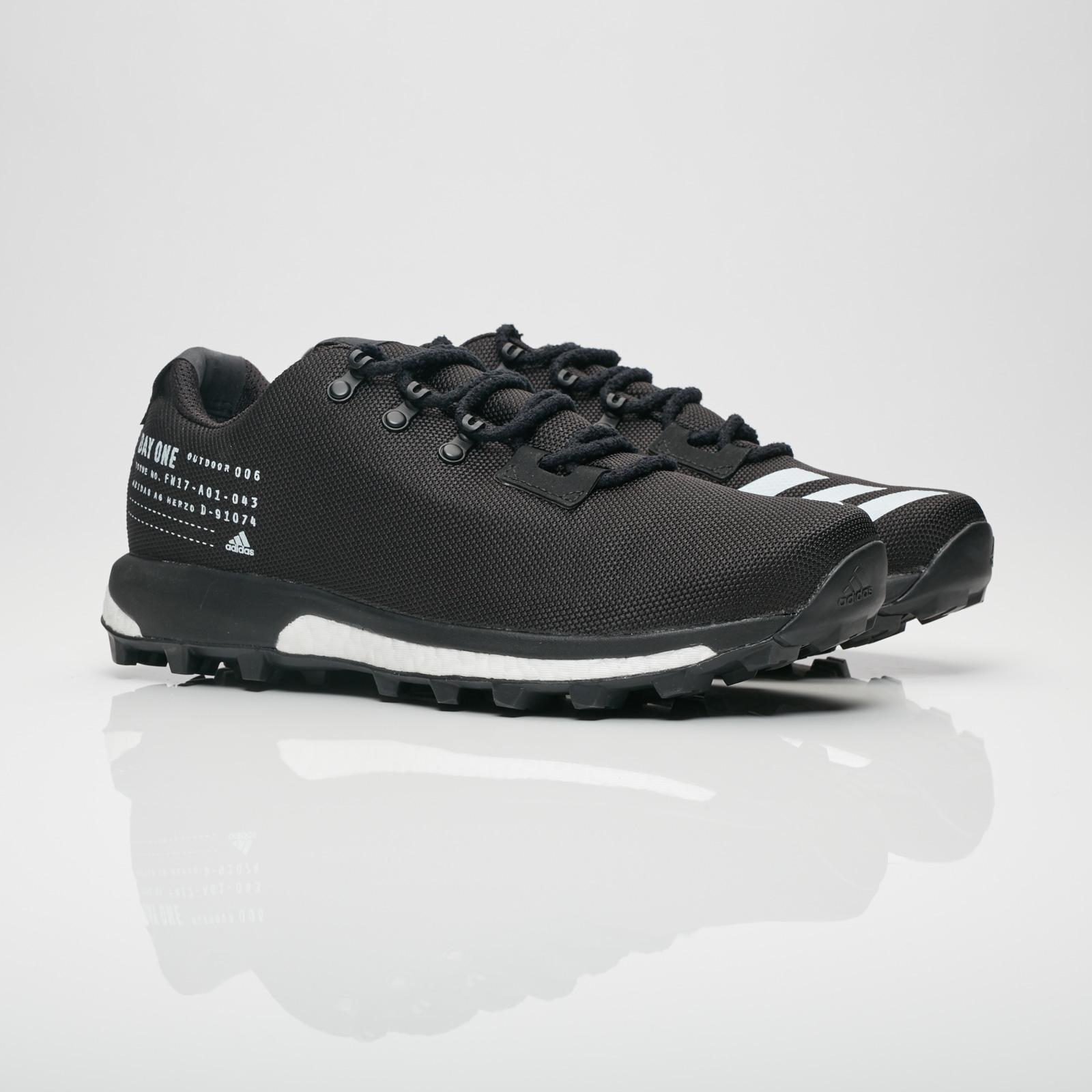 reputable site 339c4 b18aa adidas Consortium ADO Terrex Agravic