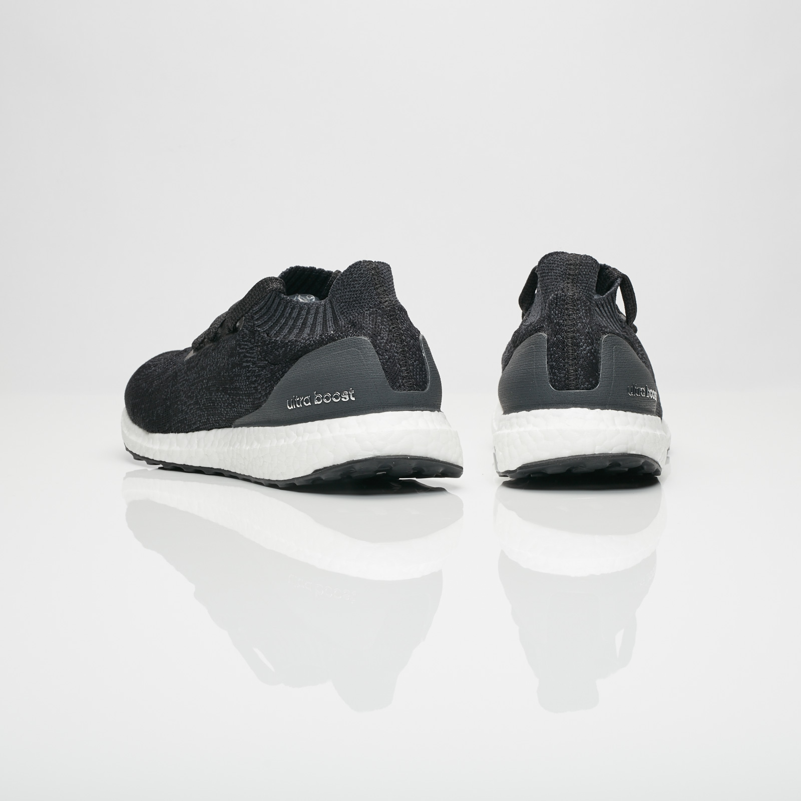 Adidas Ultra Boost Uncaged carboncore blackgrey three ab