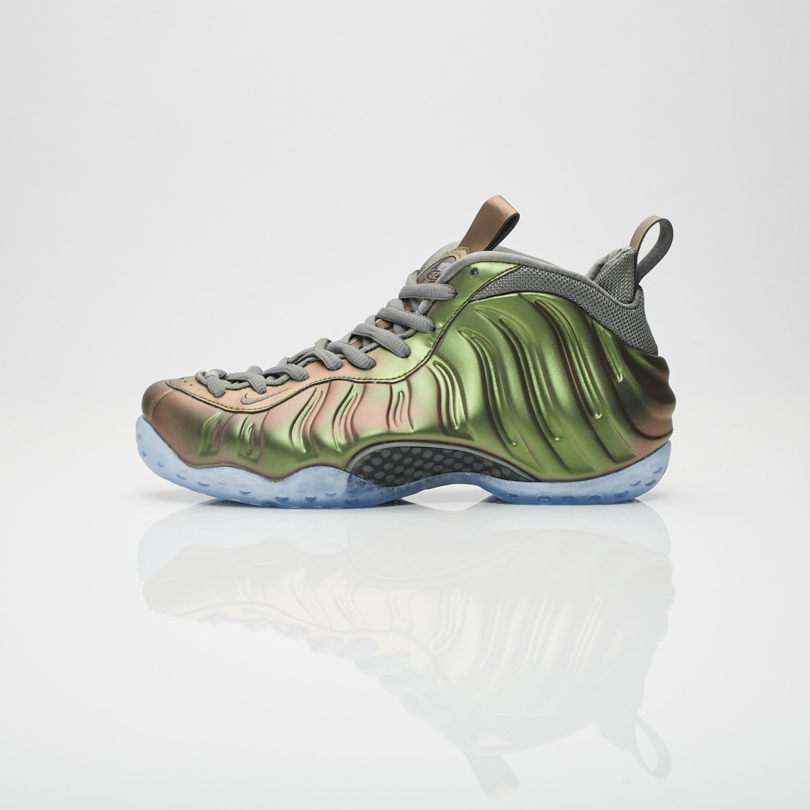 ab469dc9b90 Nike Wmns Air Foamposite One - Aa3963-001 - Sneakersnstuff ...