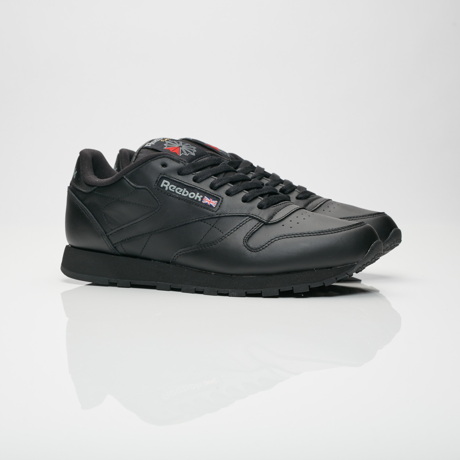 Reebok Classic Leather - 2267 - Sneakersnstuff  105d946a6